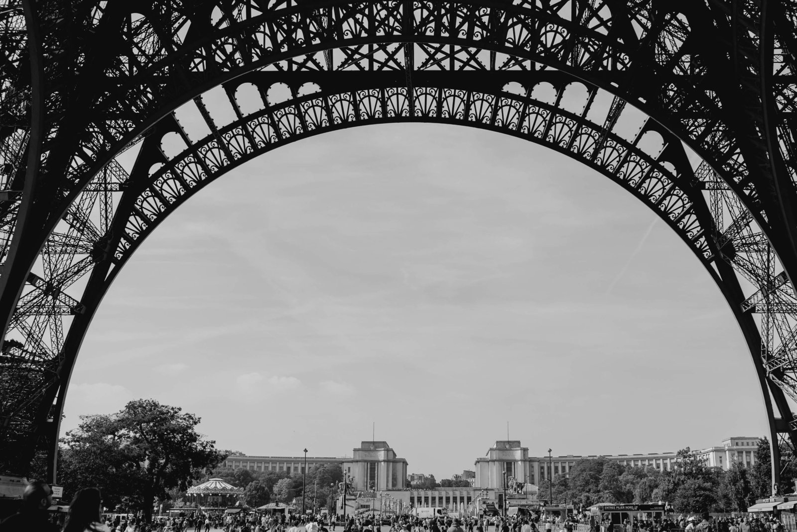 eiffel-tower-paris-france-travel-destination-wedding-kate-timbers-photography-1730
