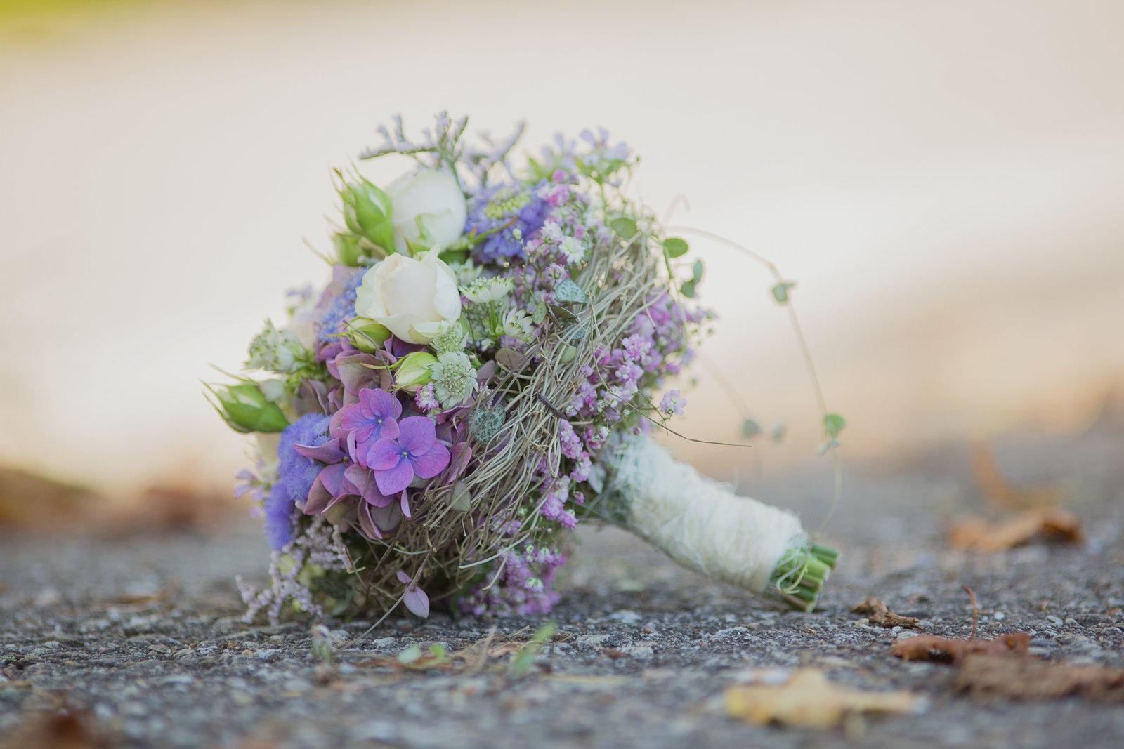 Brautstrauss, Hochzeitsfotografin Bern,  Hochzeitsbilder, Heiraten