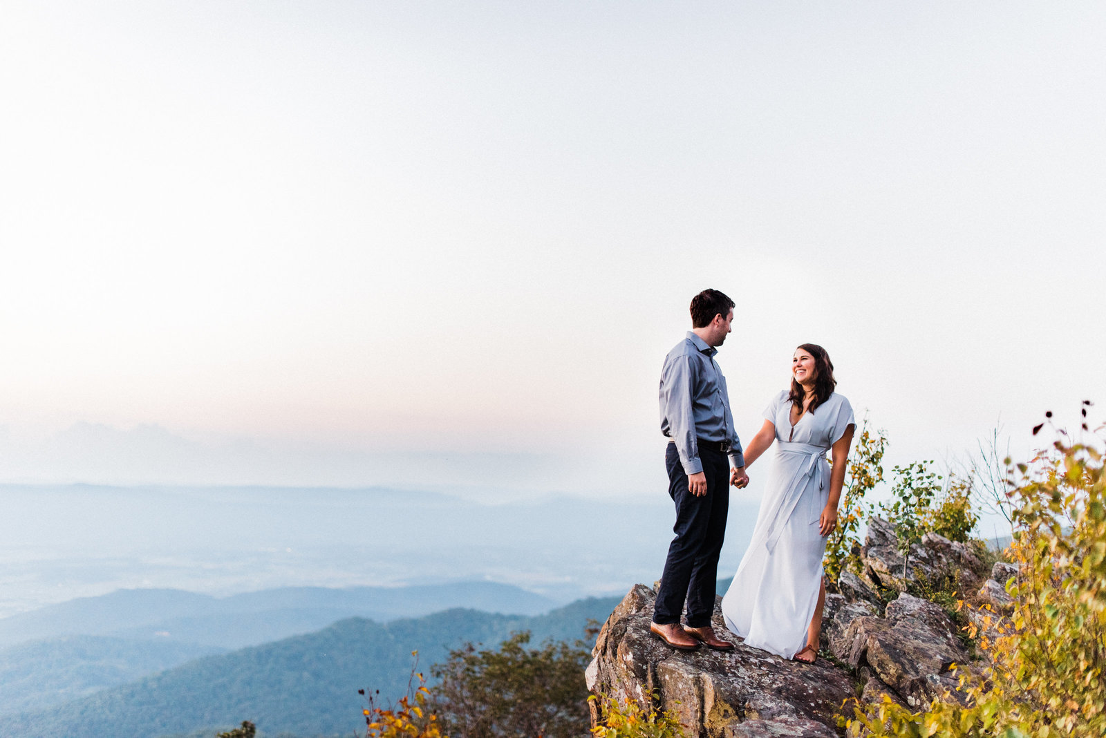 shenandoah-mountains-engagement-shenandoah-mountains-sunset-engagement-session-blue-ridge-mountains-sunset-engagement-session-virginia-wedding-photographer-shenandoah-wedding-photographer-melissa-durham-photography