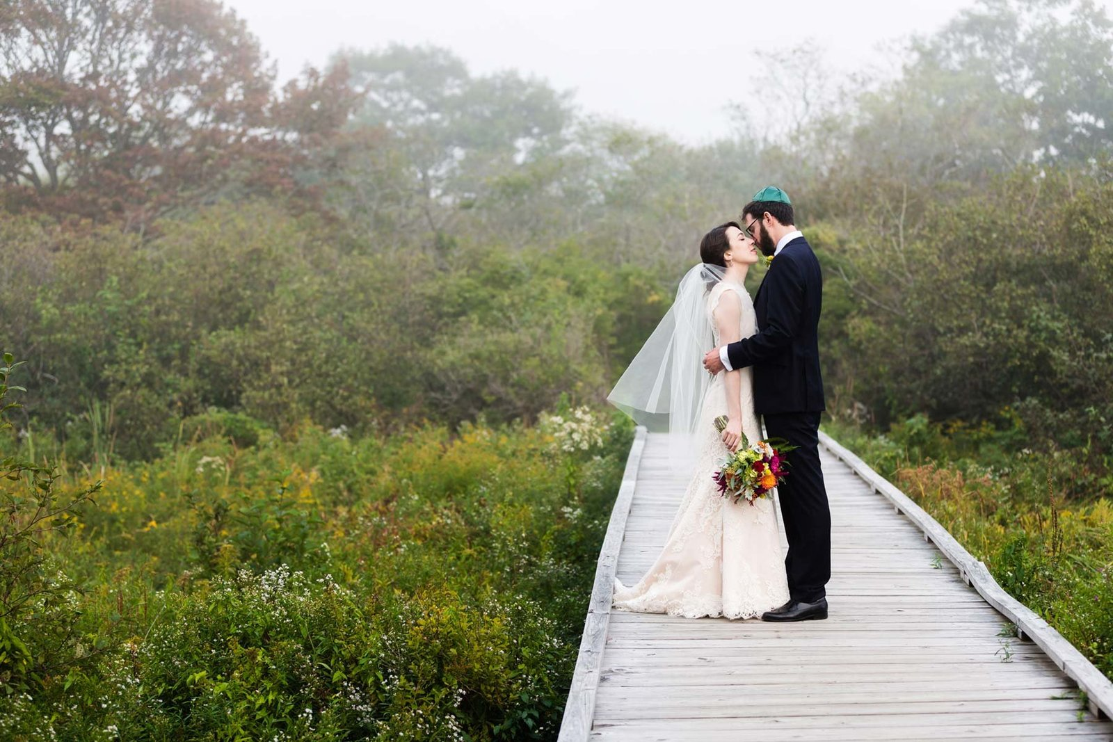 kettle cove southern maine cape elizabeth fog wedding image iamsarahv photography 182 sv2 7135 182sm jpg