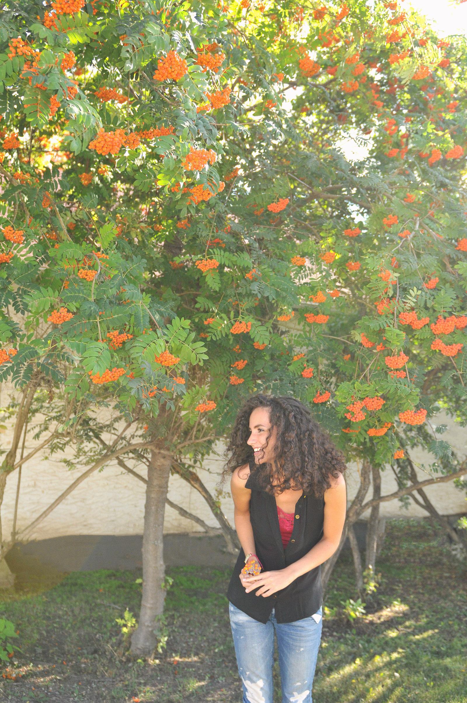 NiNi Tree Smile by Melissa E Earle