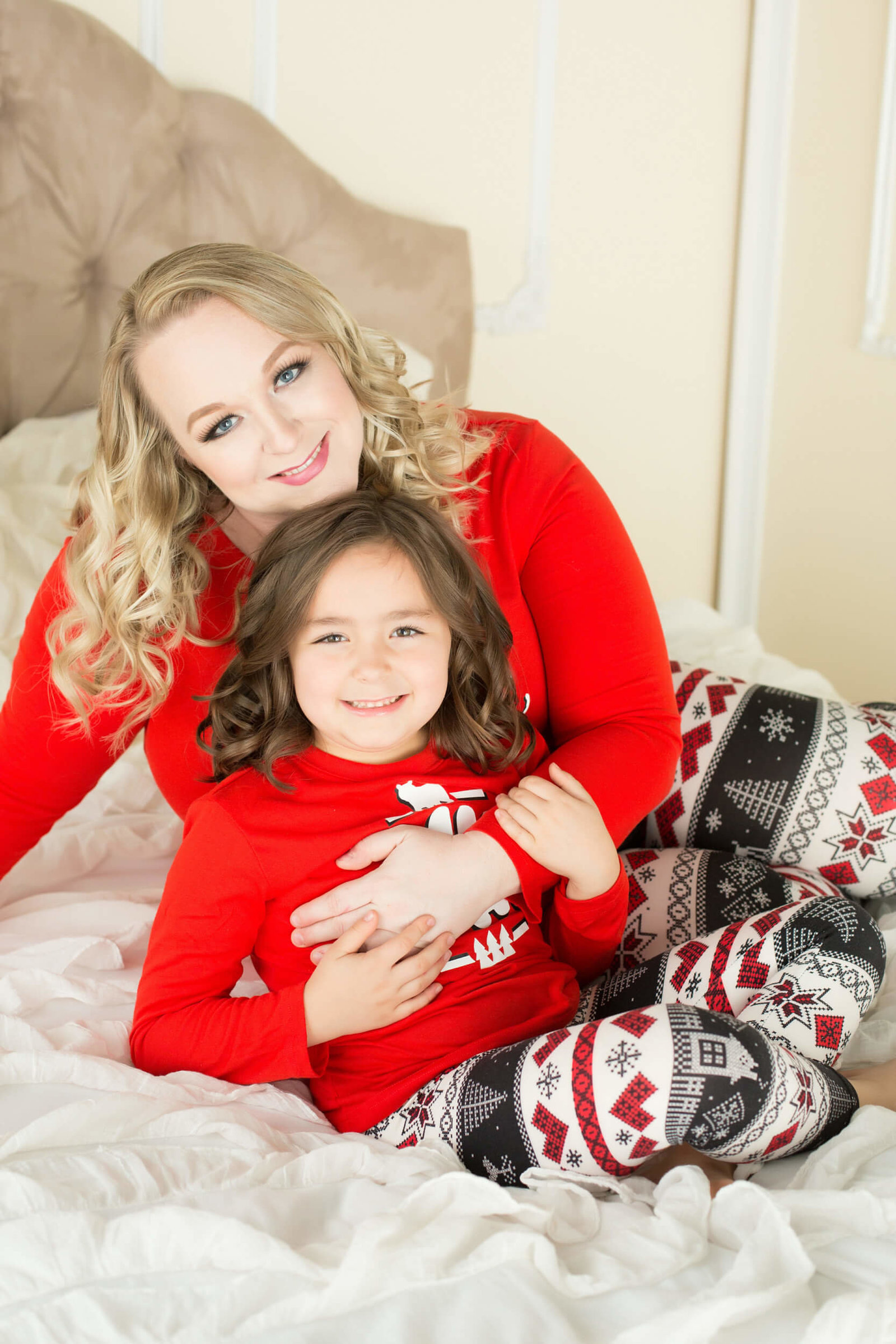 christmas themed mommy and me photoshoot