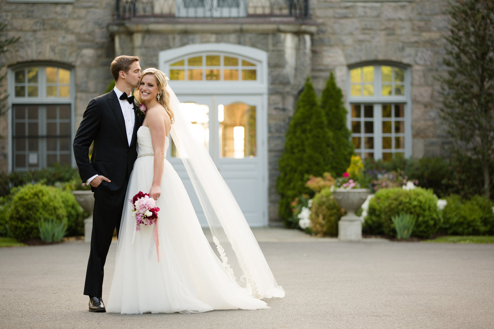 Romantic Wedding at the Wainwright House in Rye New York by Jessica Haley