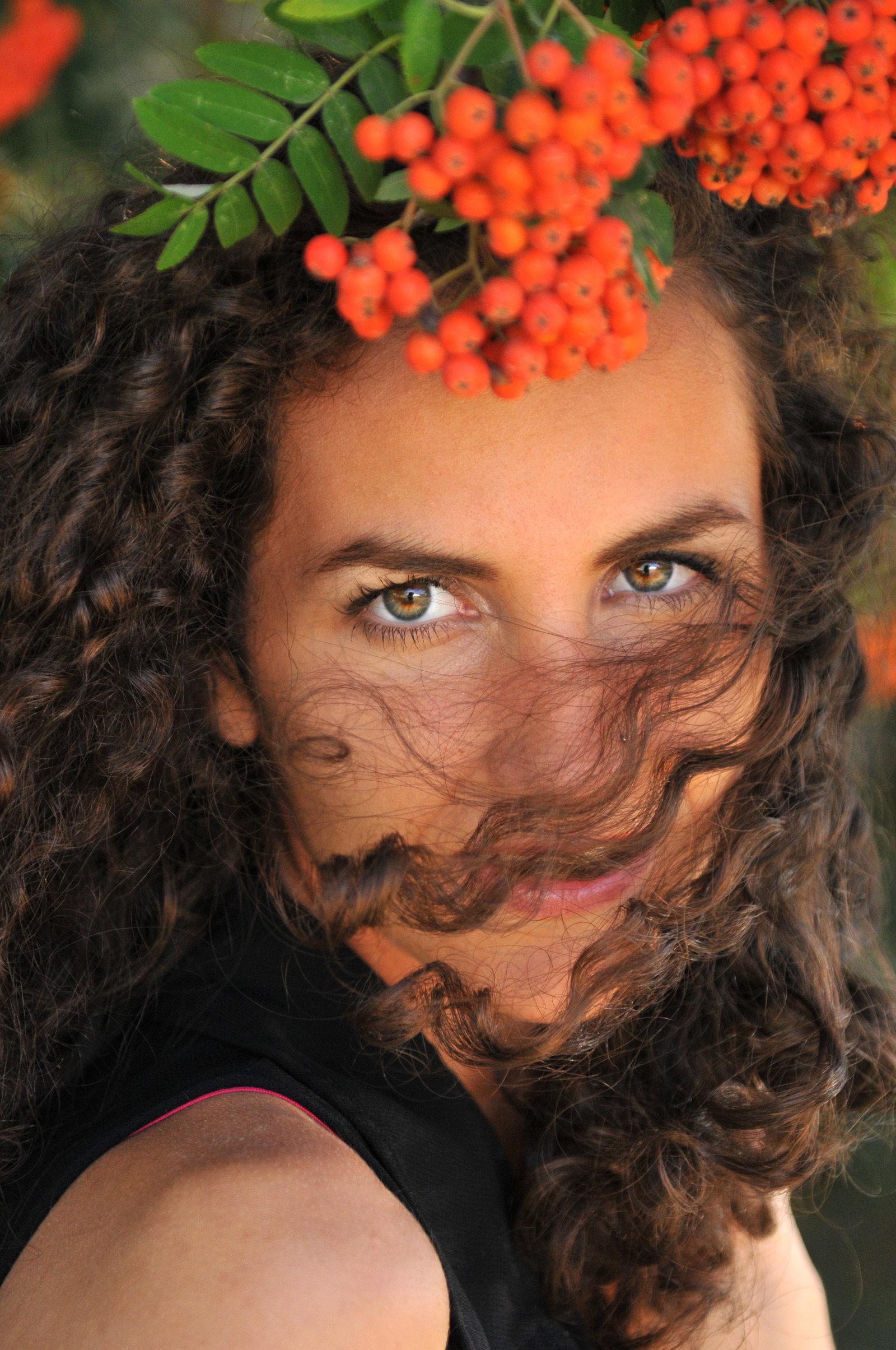 Hawaiian NiNi by Melissa E Earle