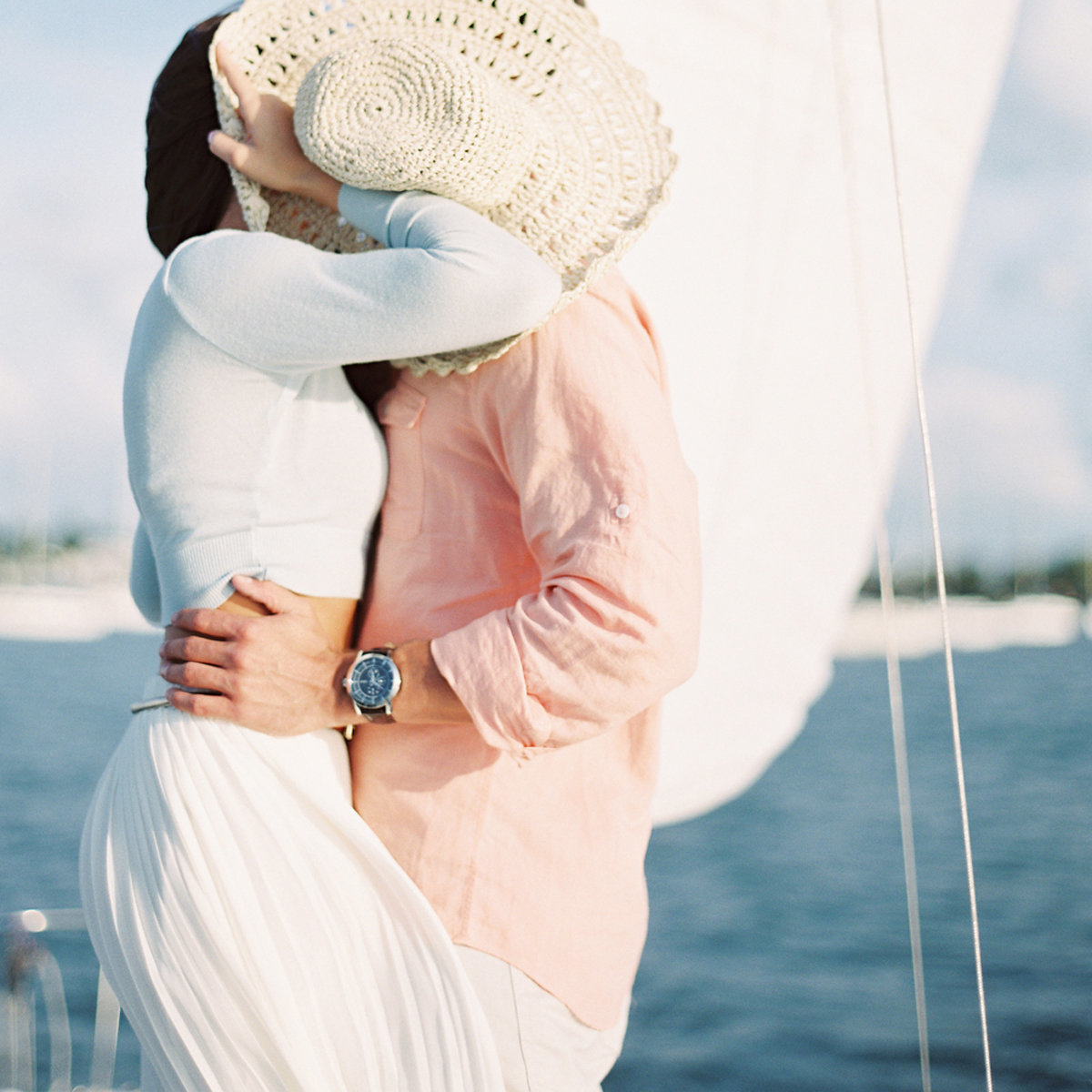 kayla_jon_vizcaya_sailboat_engagement_melanie_gabrielle_photography_40