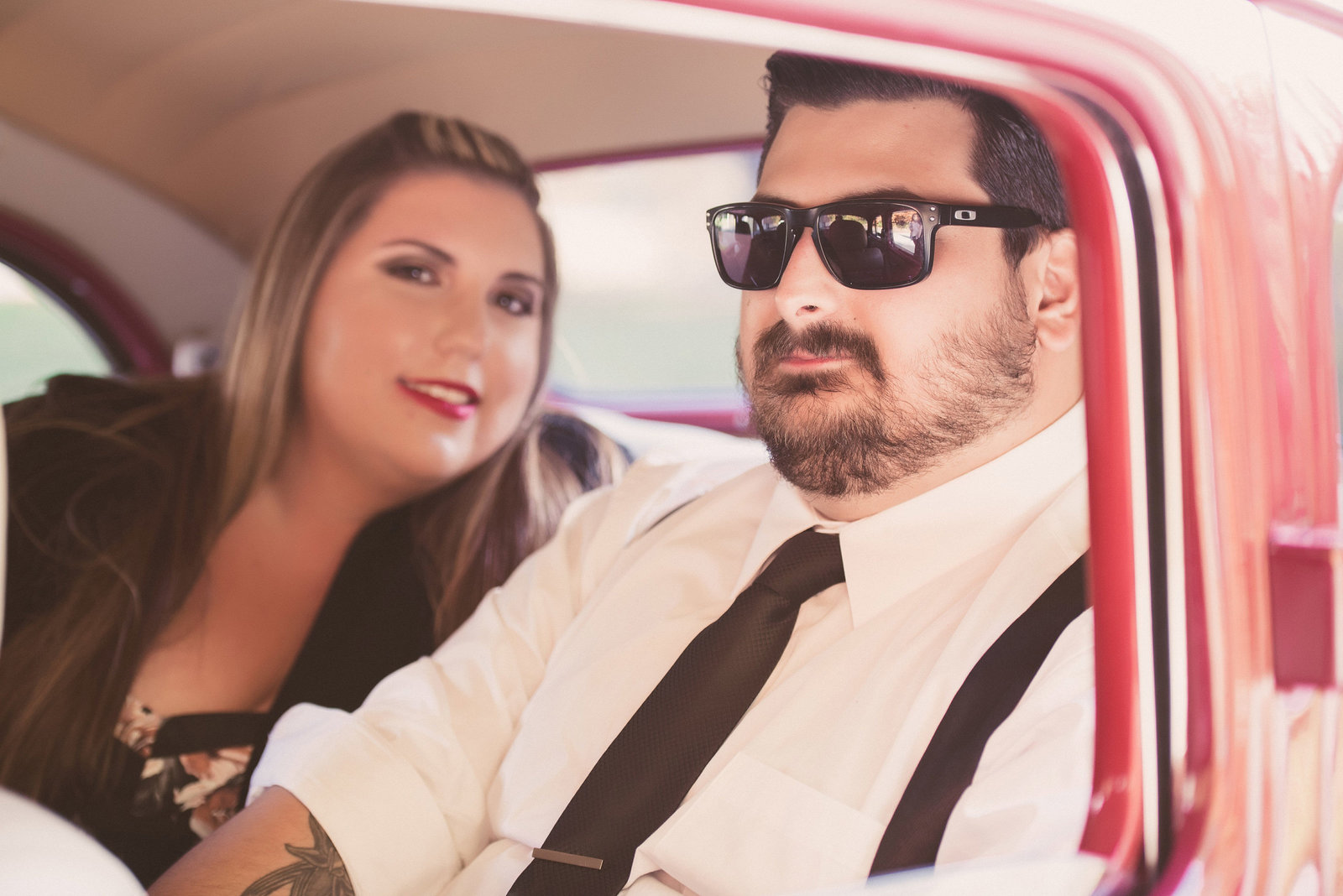 Retro_Pinup_Car_engagement_session_Nj023