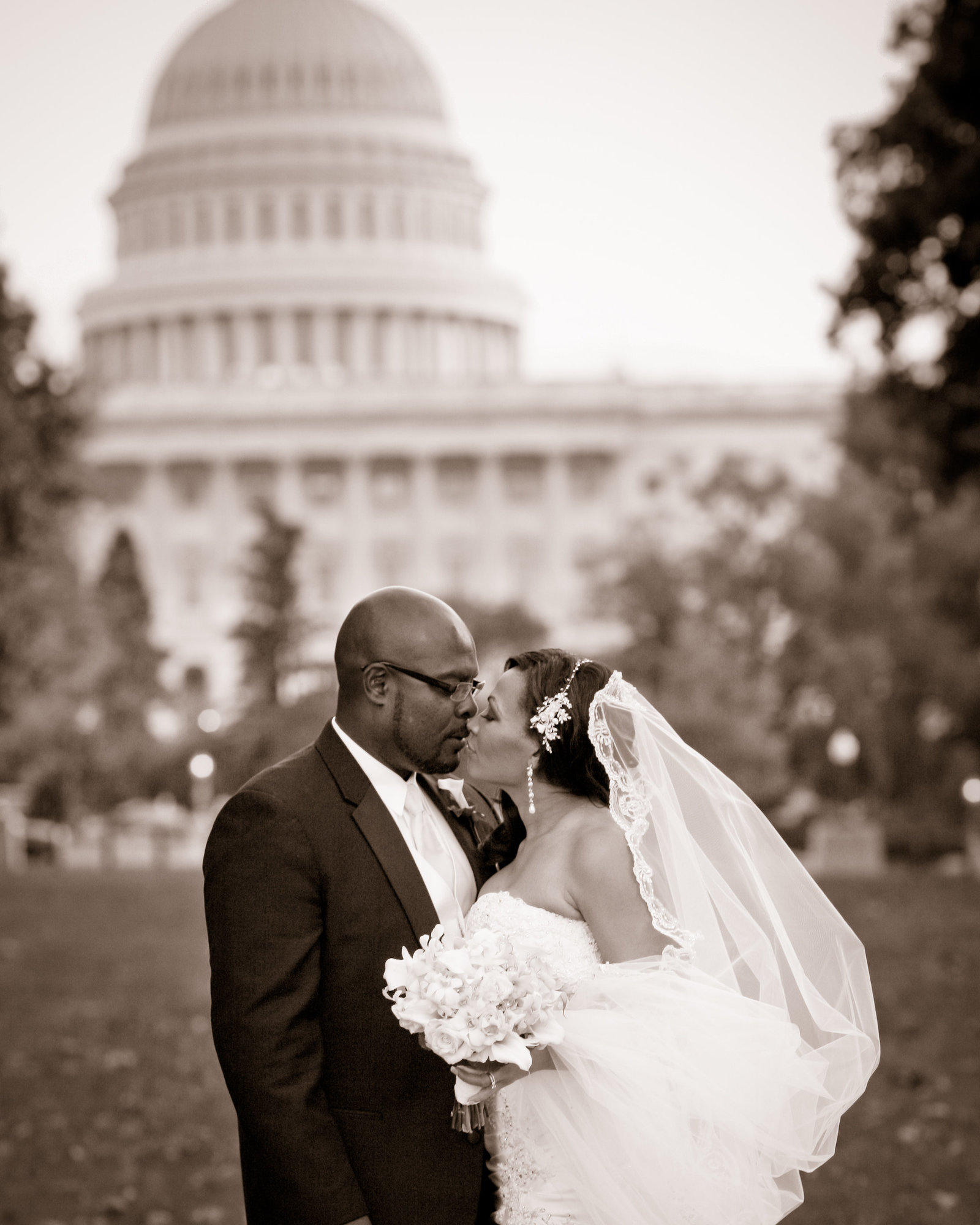 DC Wedding pictures in front of capitol