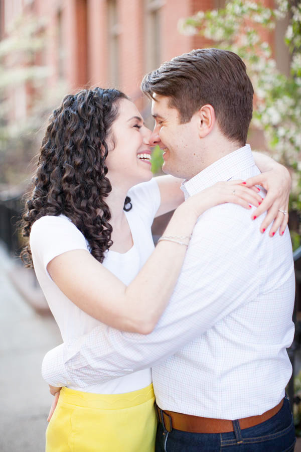 20_Maya_Alex_NYC_Engagement_AstridPhotography_Blog_IMG_9041