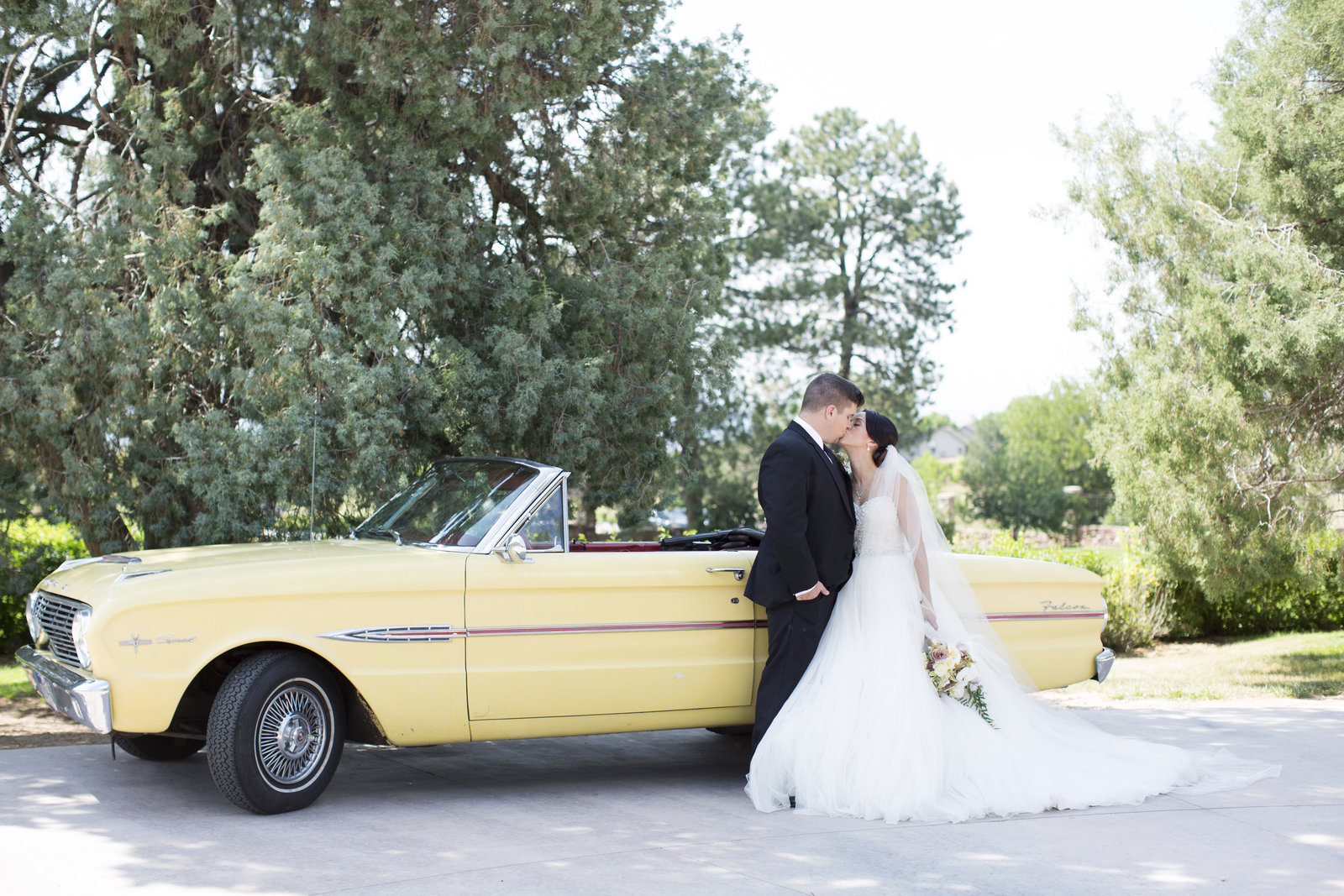 Jessi-Zach-Photography-Colorado-Wedding-Photographer-Highlands-Ranch-Mansion_10