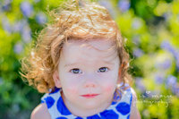 Panama CIty Beach family photographer reviews photo of toddler