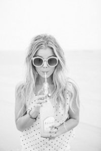 valorie_darling___destination_wedding_photographer___souther_california___soda_pop_beach_girl