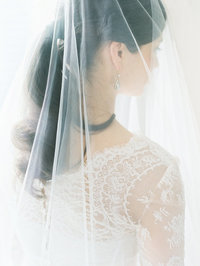 caroline-herrera-lace-wedding-dress