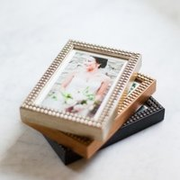 Classy frame collections for your framed images