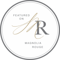 magnolia rouge badge