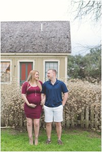 Panama City Beach family photographer reviews rustic maternity photos
