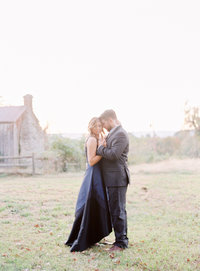 What to wear to your engagement session.  Images by Washington DC best photographer Jalapeno Photography.