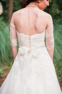 back of brides dress