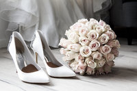 Roses bouquet and white heels