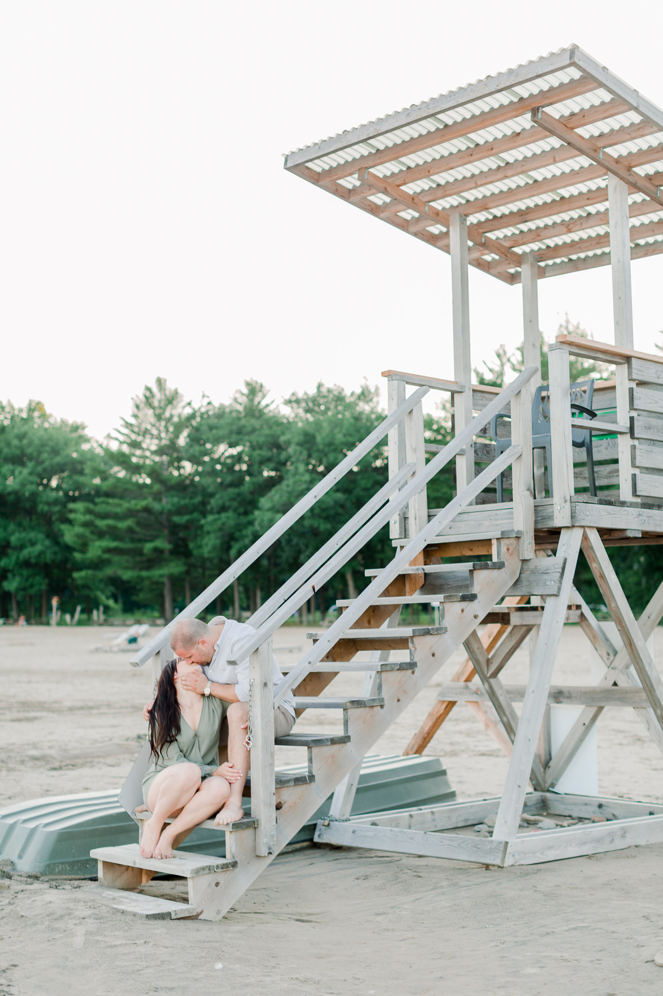 photographe-fiancailles-montreal-parc-national-oka-lisa-renault-photographie-beach-engagement-session-60