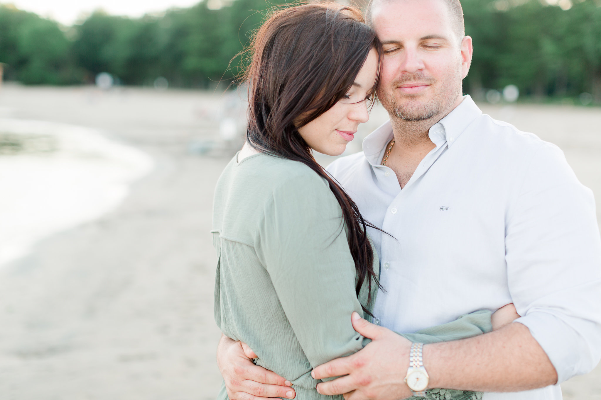 photographe-fiancailles-montreal-parc-national-oka-lisa-renault-photographie-beach-engagement-session-56