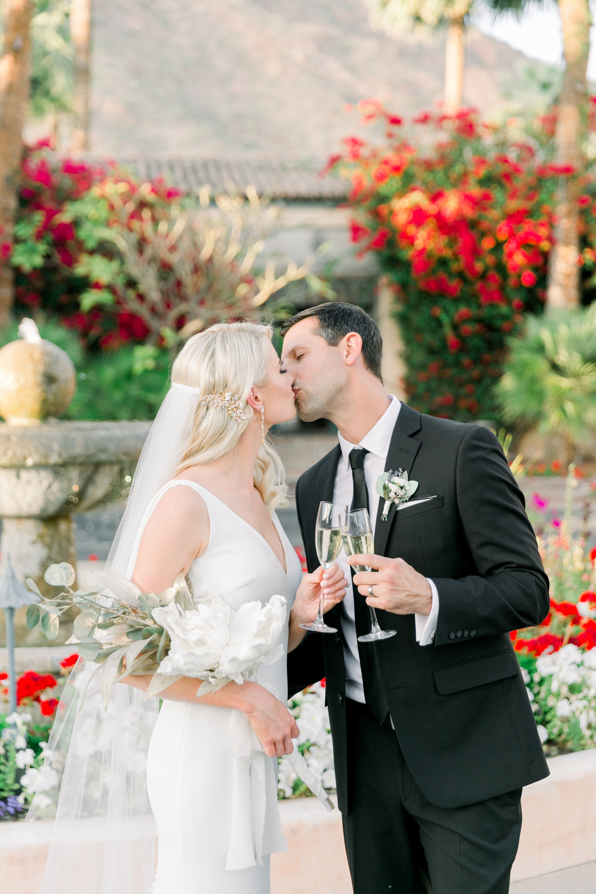 Karlie Colleen Photography - The Royal Palms - Arizona Wedding - Alex & Alex-578