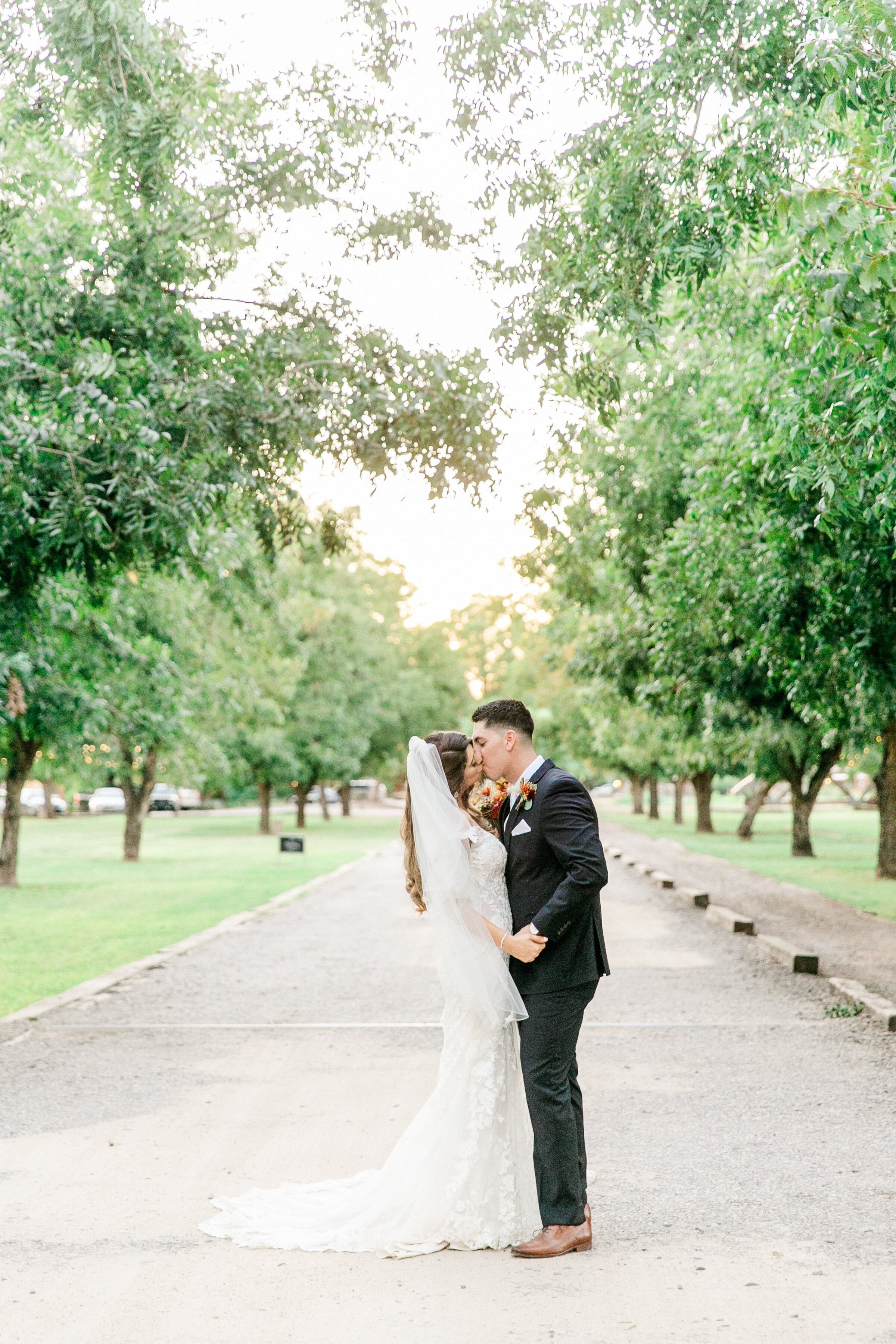 Karlie Colleen Photography - Phoenix Arizona - Farm At South Mountain Venue - Vanessa & Robert-710