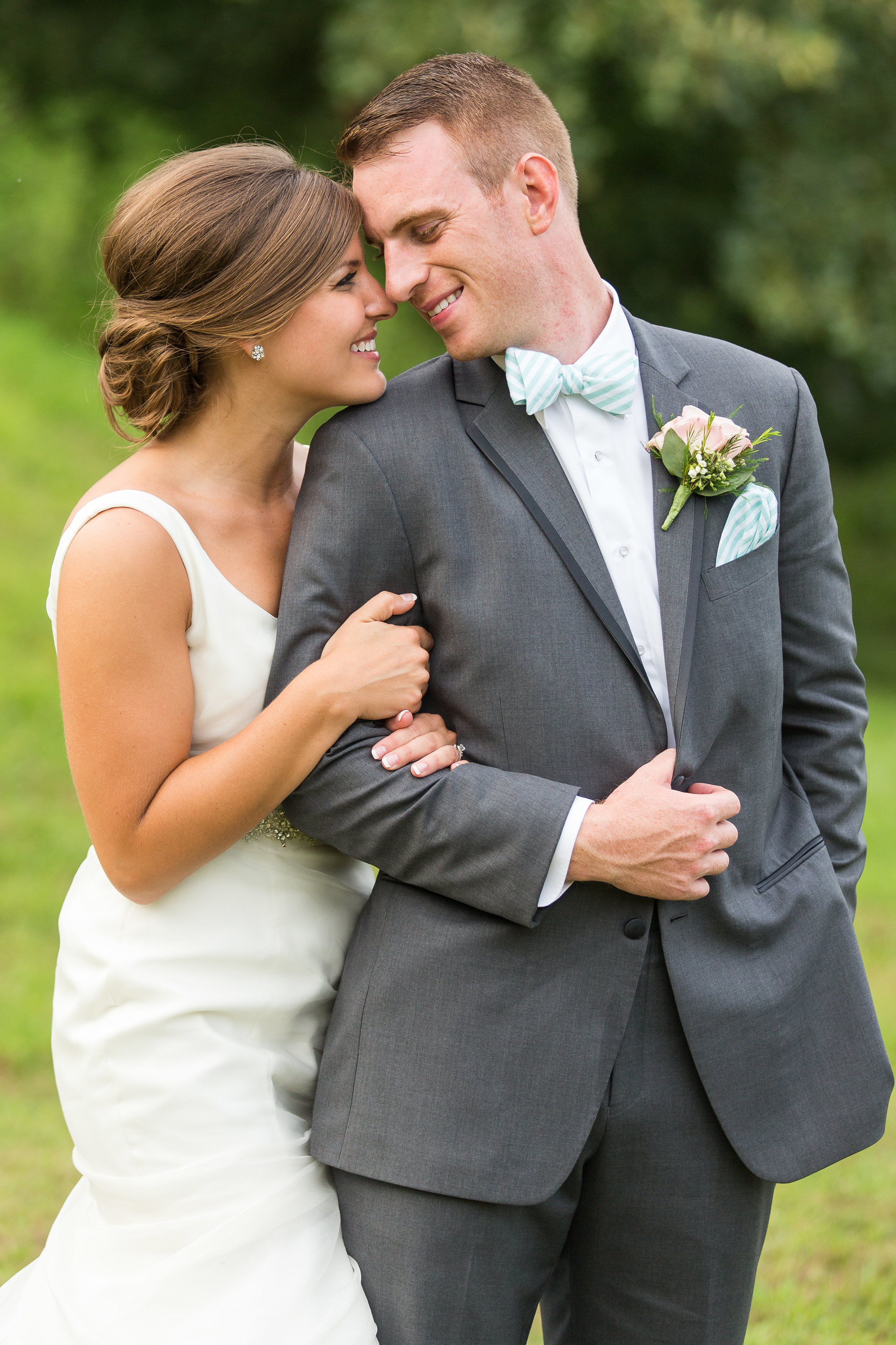 #STLBRIDE St Louis Wedding Photography