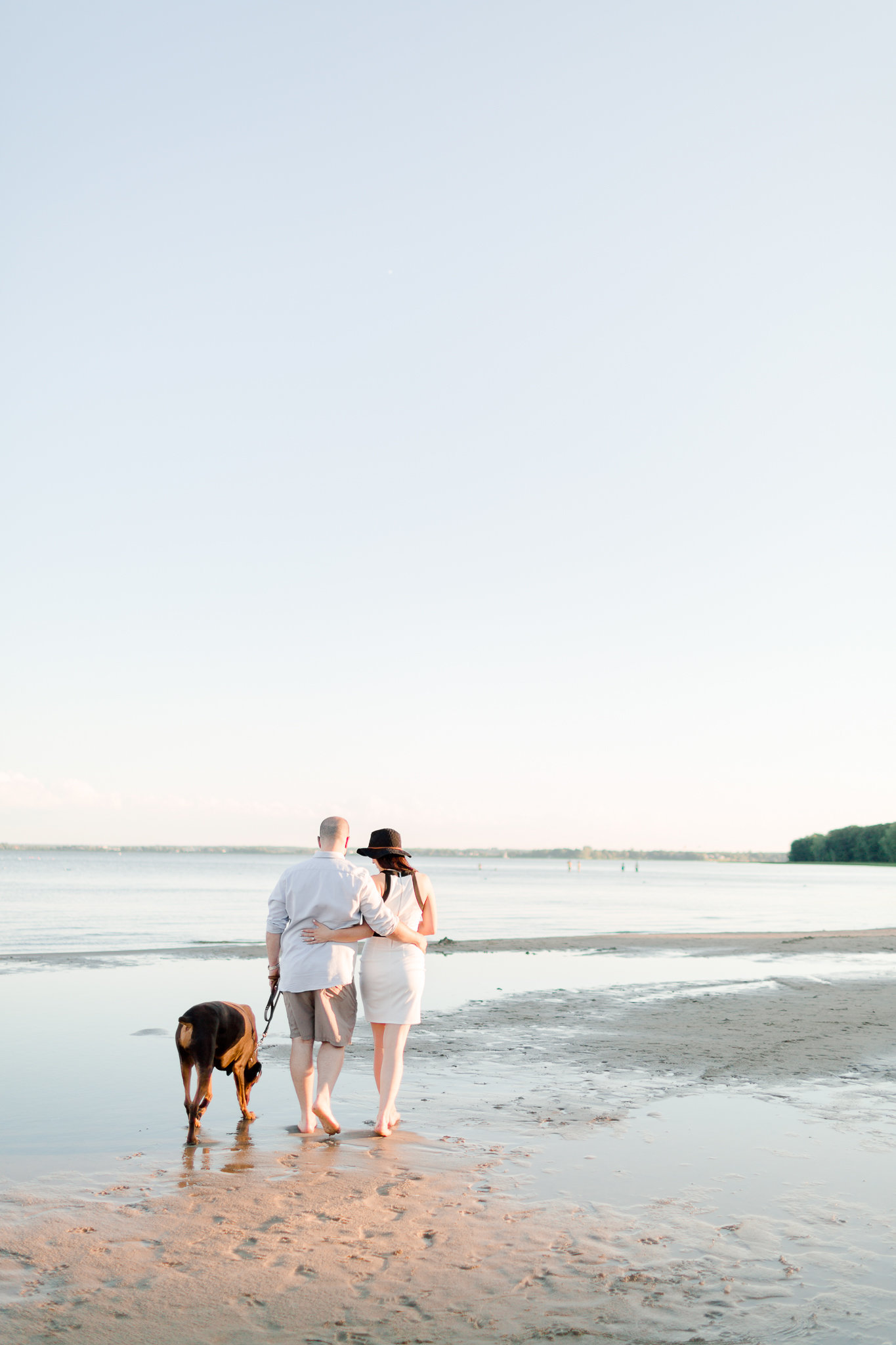 photographe-fiancailles-montreal-parc-national-oka-lisa-renault-photographie-beach-engagement-session-32
