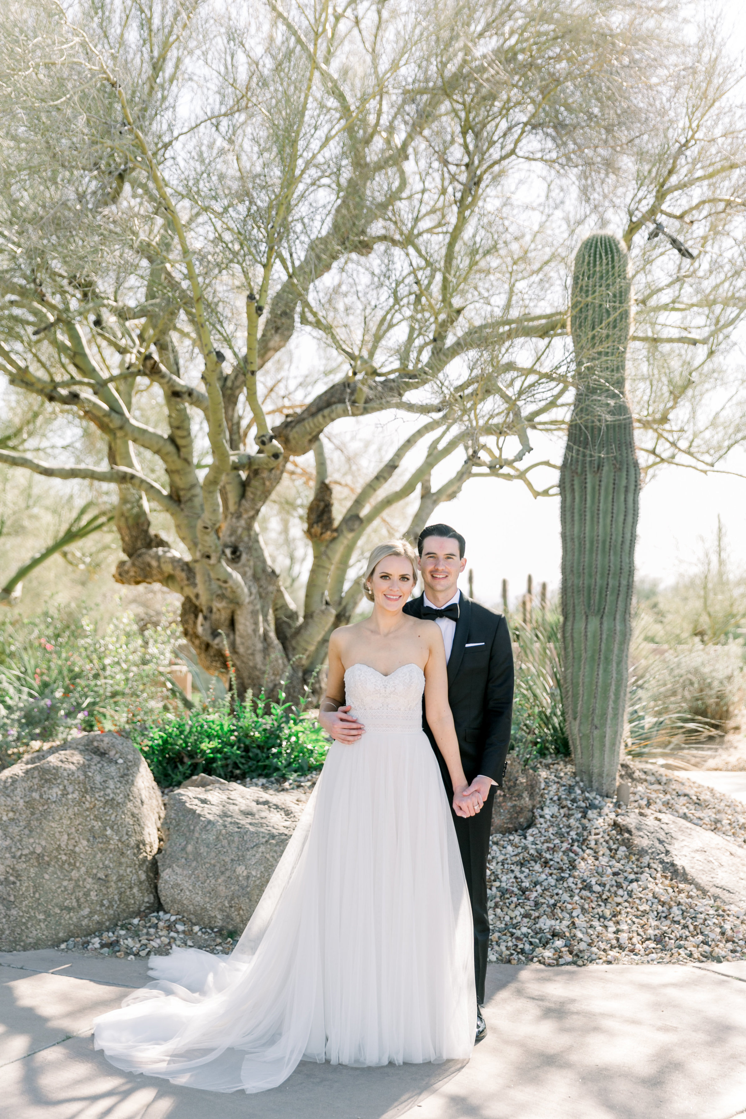 Karlie Colleen Photography - Arizona Wedding at The Troon Scottsdale Country Club - Paige & Shane -188