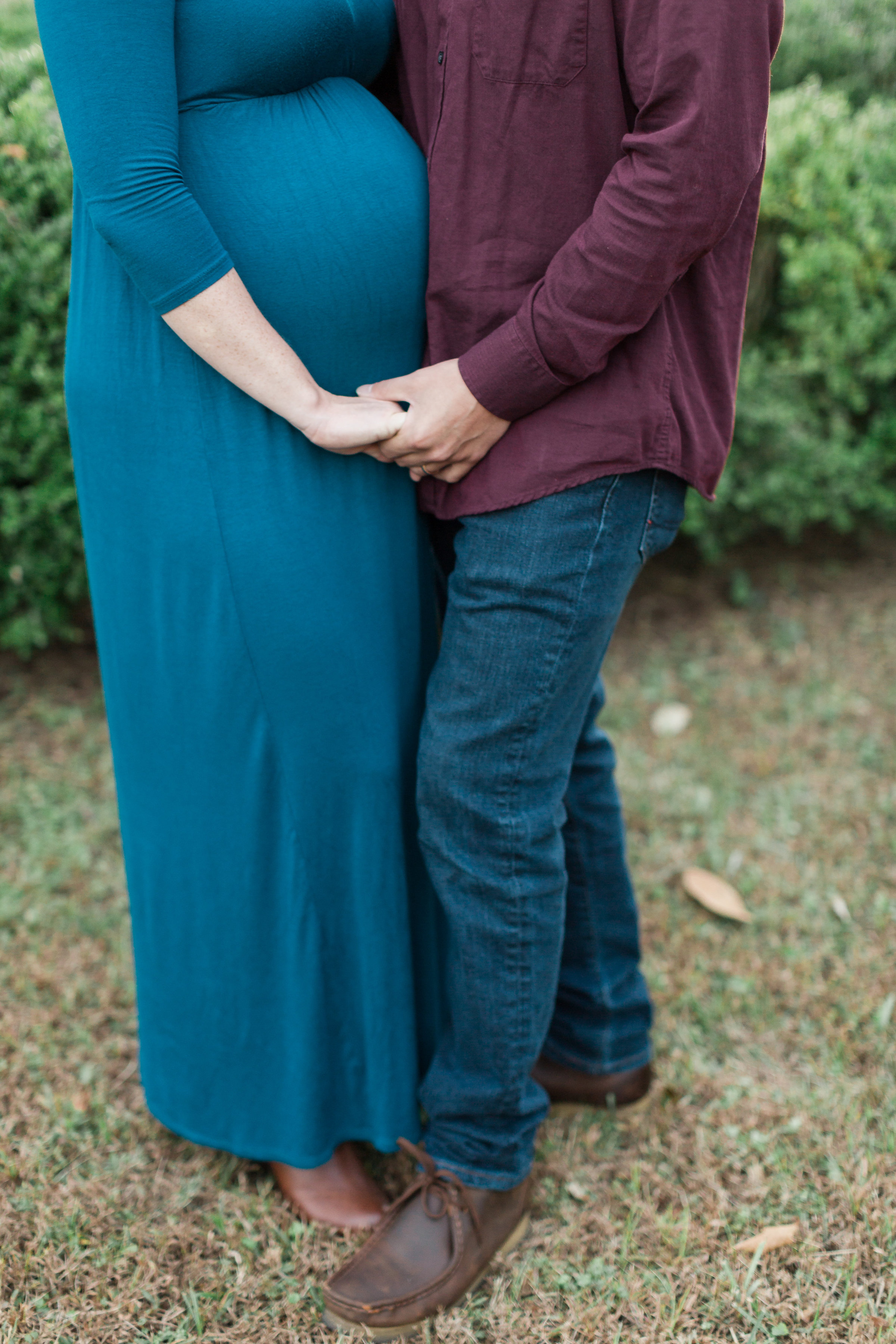fall-yorktown-maternity-session-11