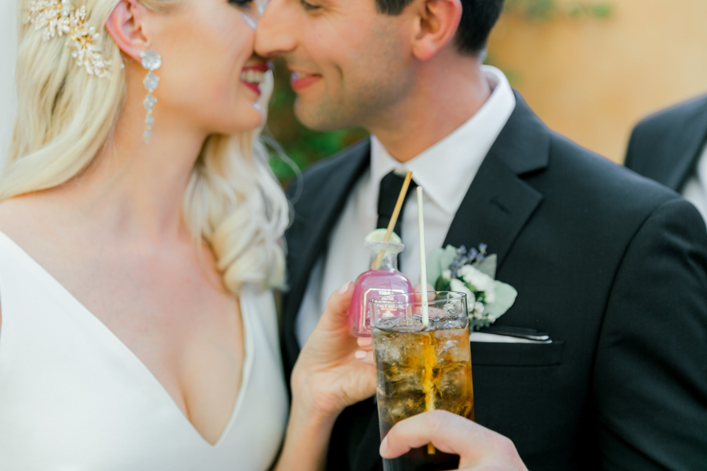 Karlie Colleen Photography - Arizona Wedding - Royal Palms Resort- Alex & Alex-104