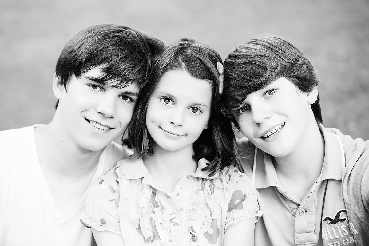 brothers and sister black and white