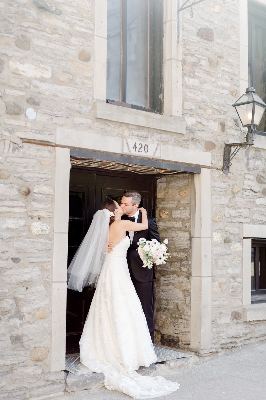 photographe-mariage-auberge-saint-gabriel-lisa-renault-photographie-montreal-wedding-photographer-70