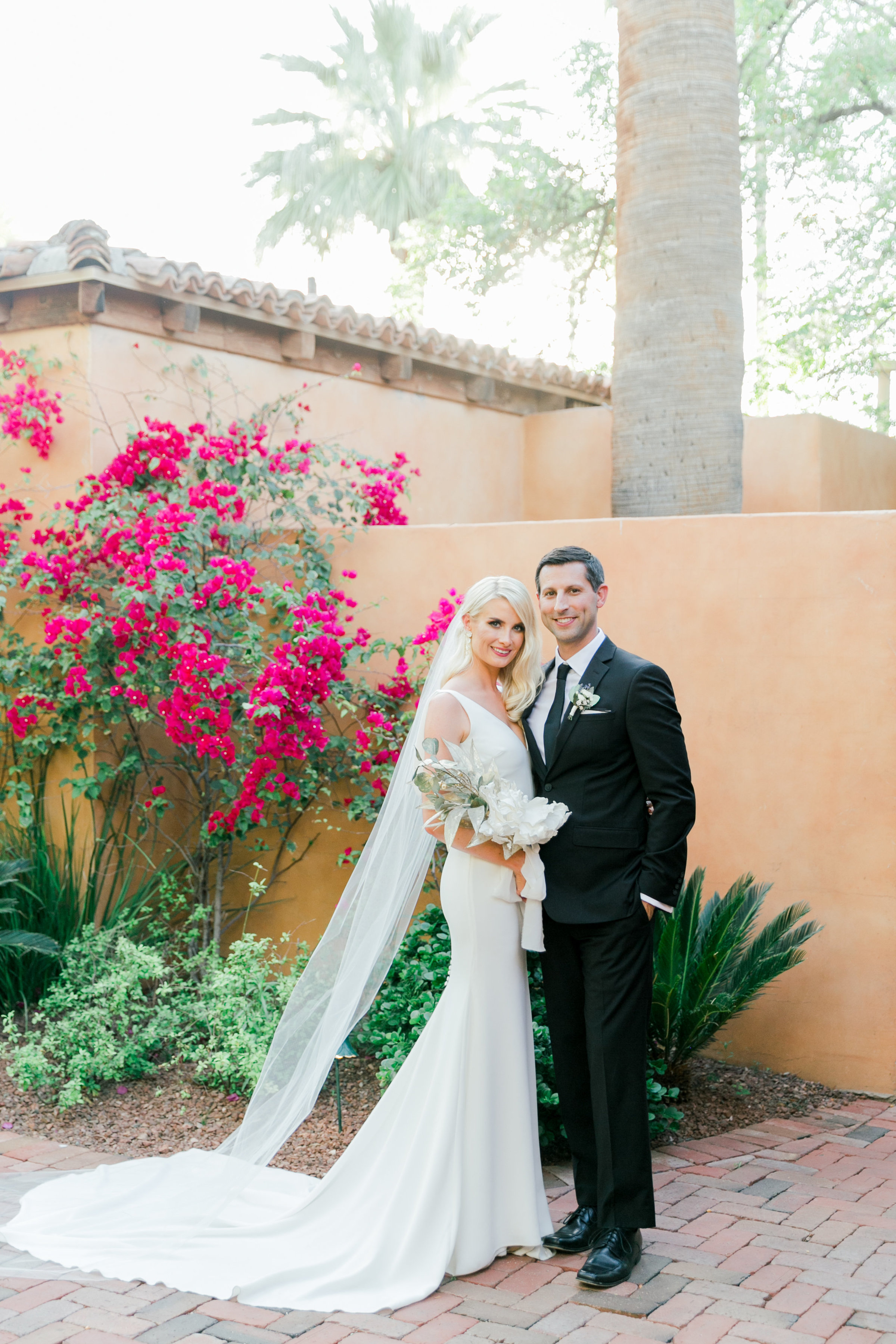 Karlie Colleen Photography - Arizona Wedding - Royal Palms Resort- Alex & Alex-109