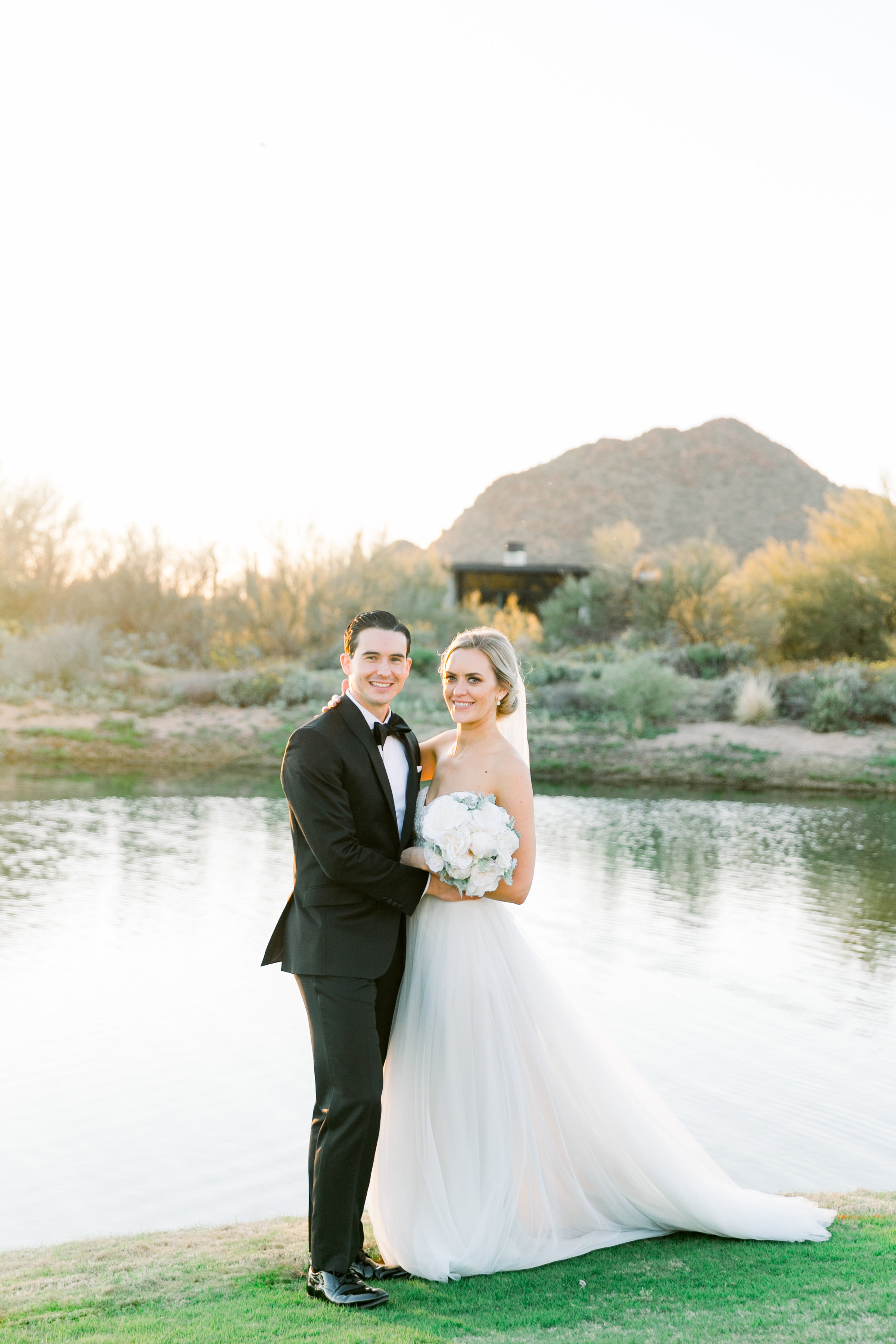Karlie Colleen Photography - Arizona Wedding at The Troon Scottsdale Country Club - Paige & Shane -704