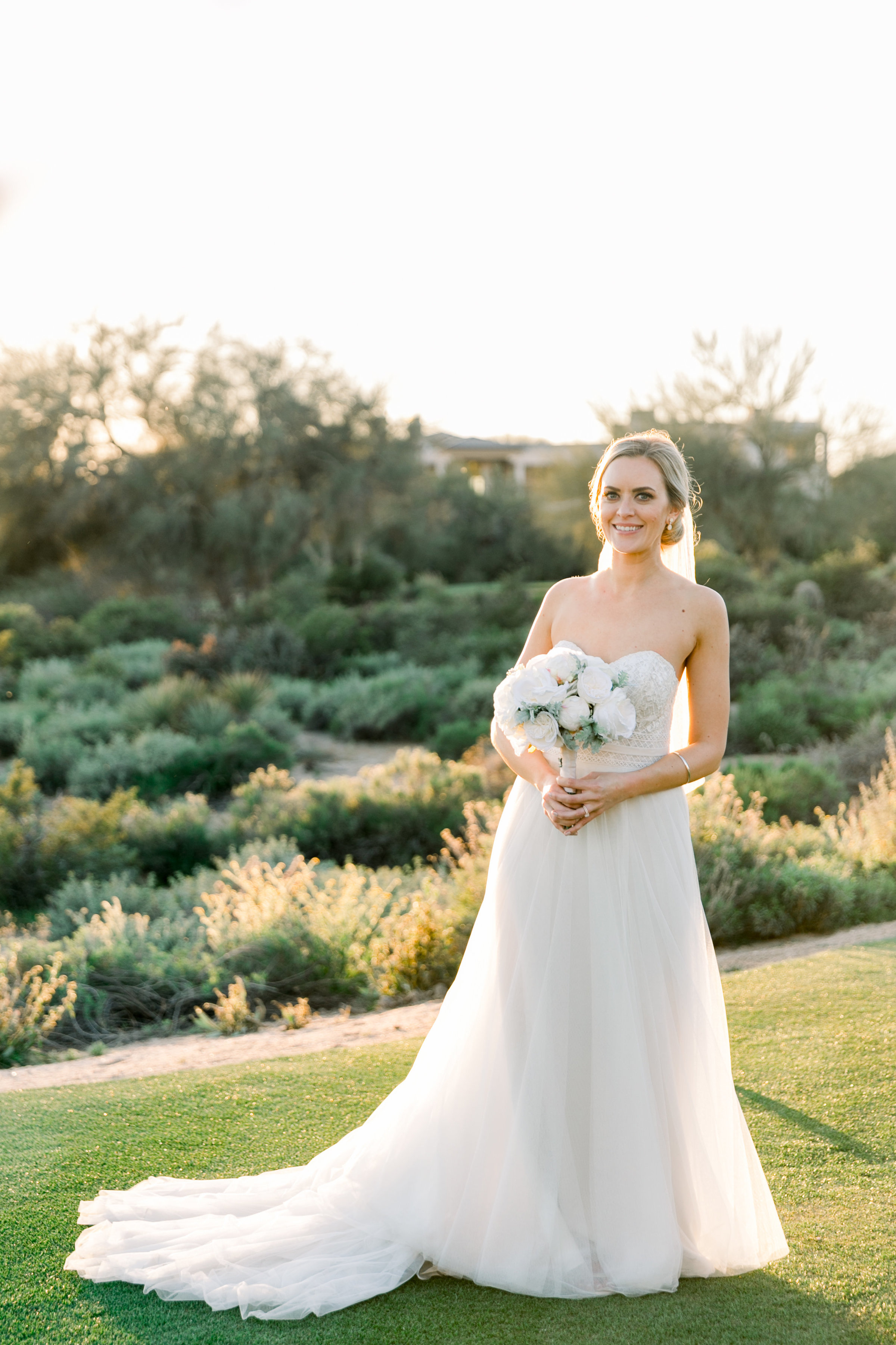 Karlie Colleen Photography - Arizona Wedding at The Troon Scottsdale Country Club - Paige & Shane -662