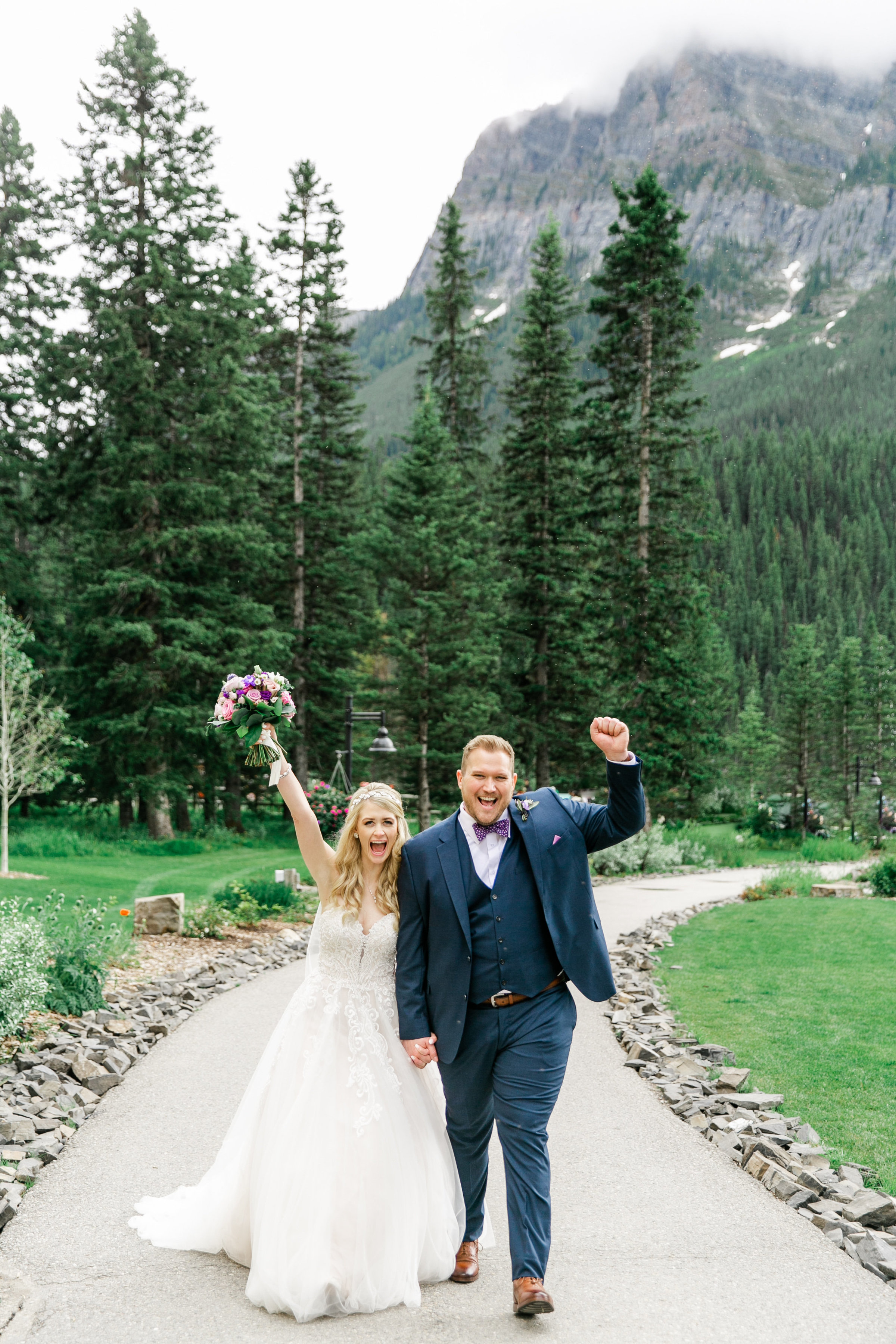 Karlie Colleen Photography - Fairmont Chateau Lake Louise Wedding - Banff Canada - Sara & Drew Forsberg-989