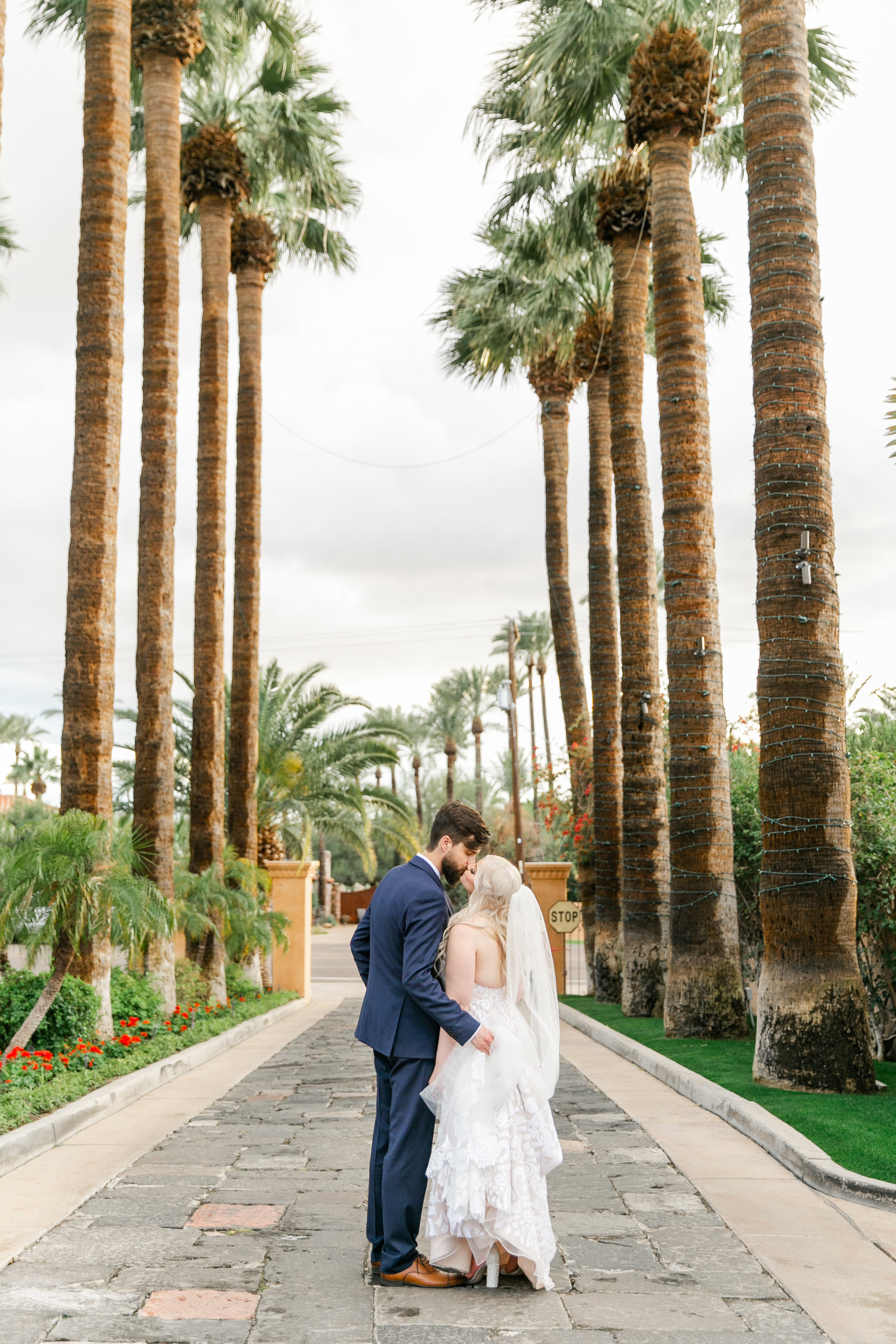 Karlie Colleen Photography - The Royal Palms Wedding - Some Like It Classic - Alex & Sam-573