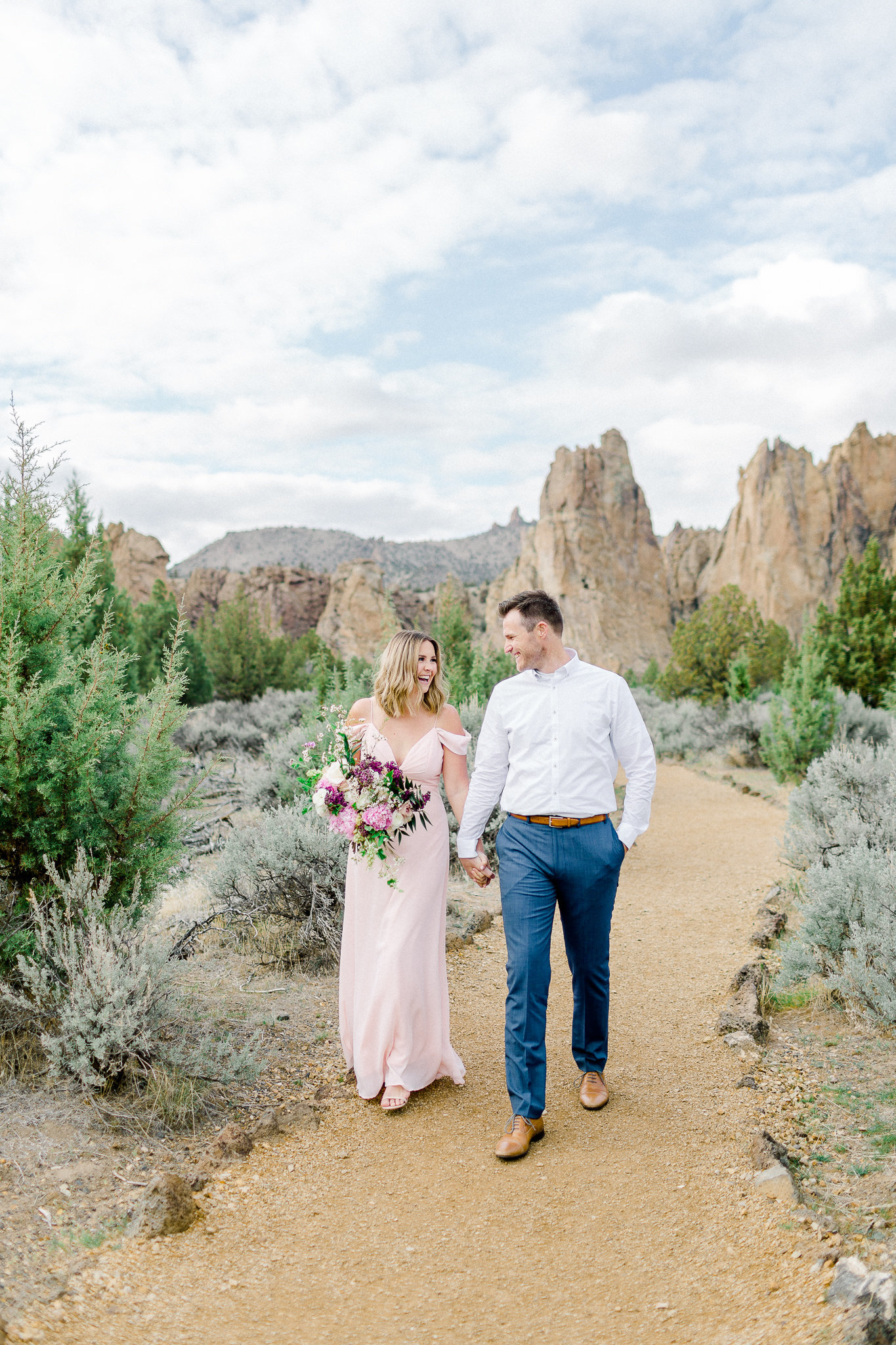 photographe-seance-anniversaire-de-mariage-smith-rock-state-park-oregon-lisa-renault-photographie-wedding-anniversary-session-photographer-2