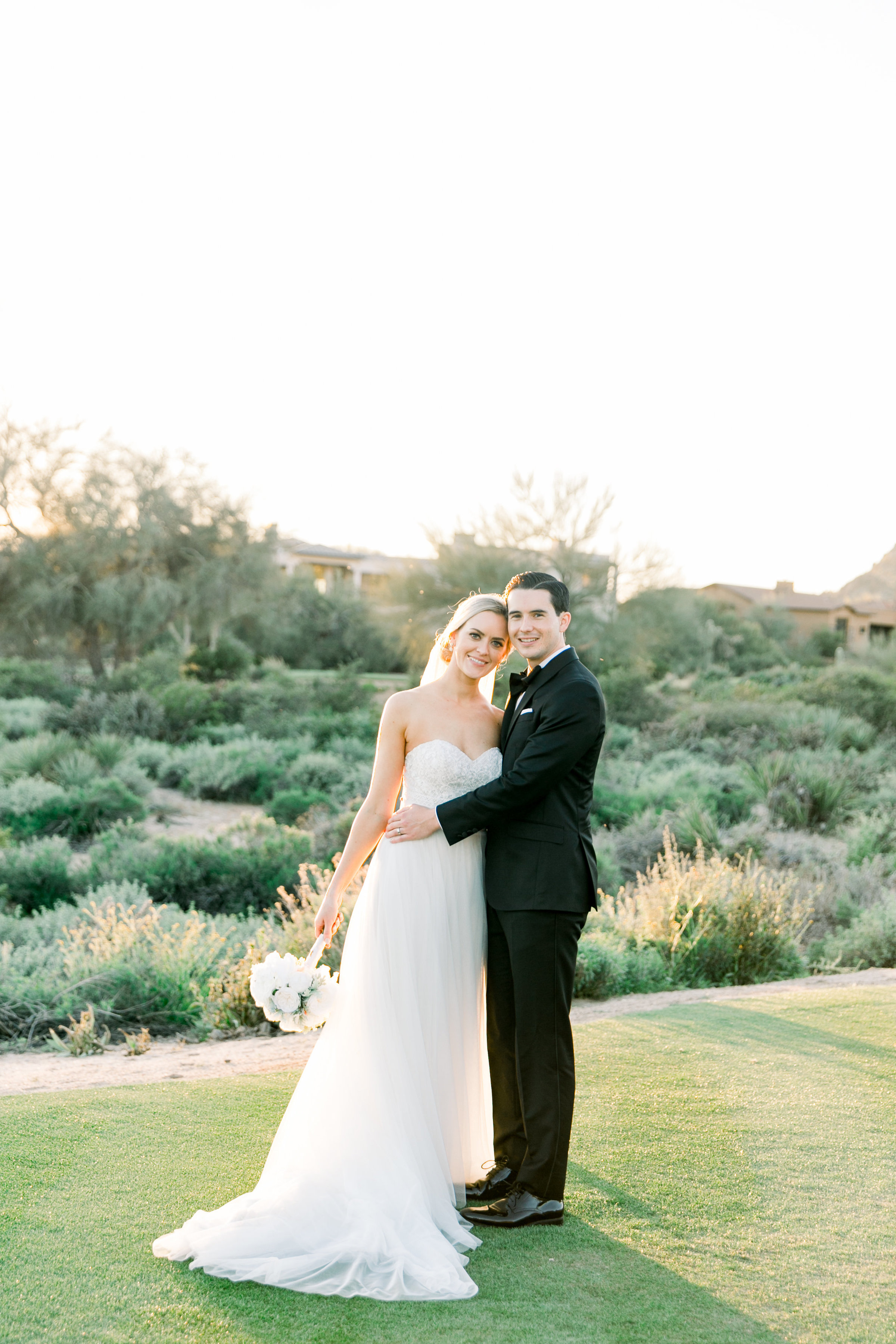Karlie Colleen Photography - Arizona Wedding at The Troon Scottsdale Country Club - Paige & Shane -676