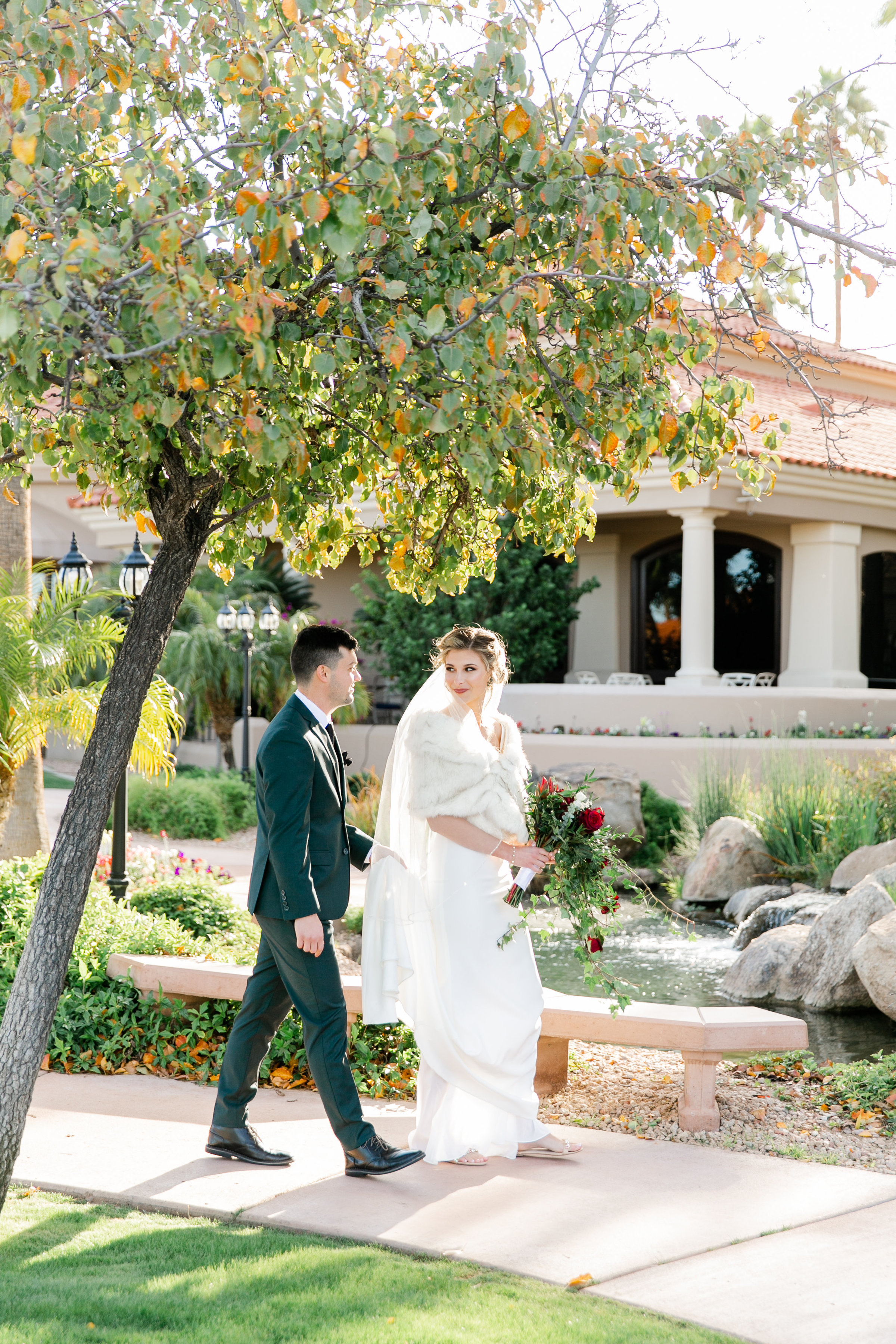 Karlie Colleen Photography - Gilbert Arizona Wedding - Val Vista Lakes - Brynne & Josh-437