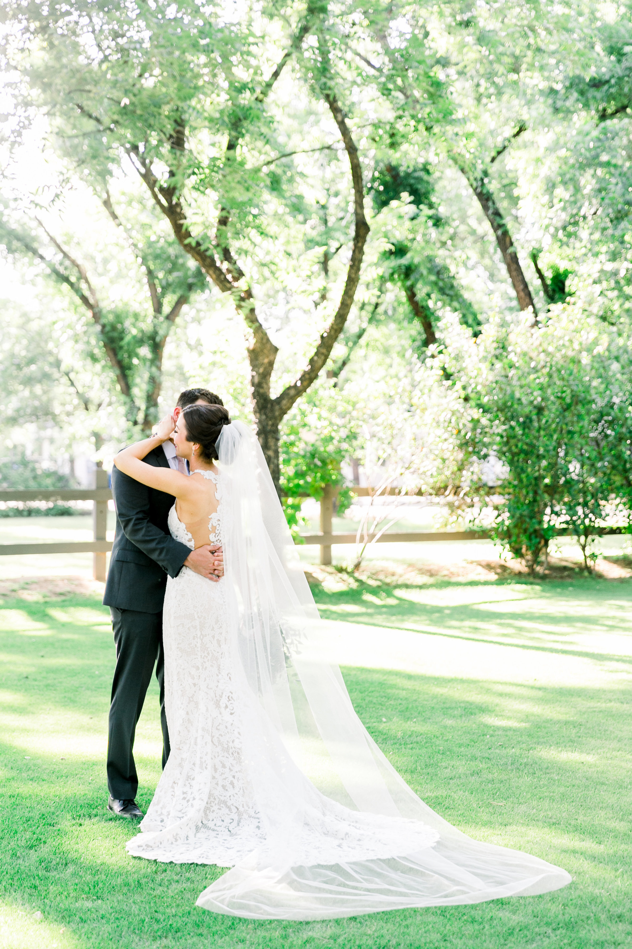 Karlie Colleen Photography - Venue At The Grove - Arizona Wedding - Maggie & Grant -60