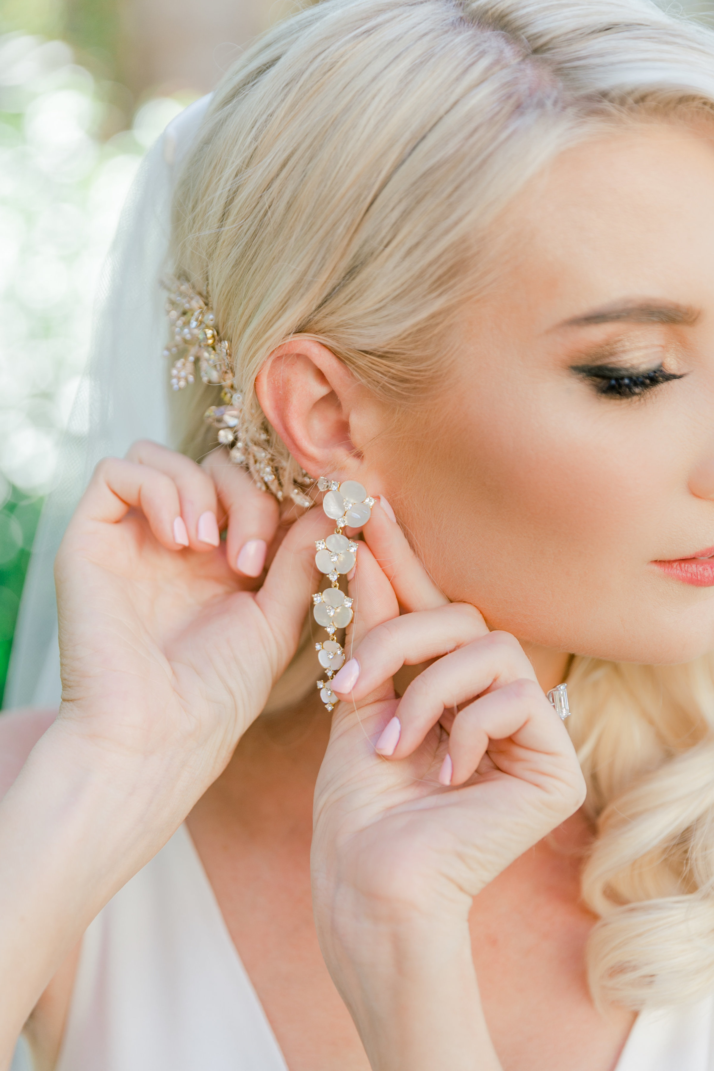 Karlie Colleen Photography - Arizona Wedding - Royal Palms Resort- Alex & Alex-43