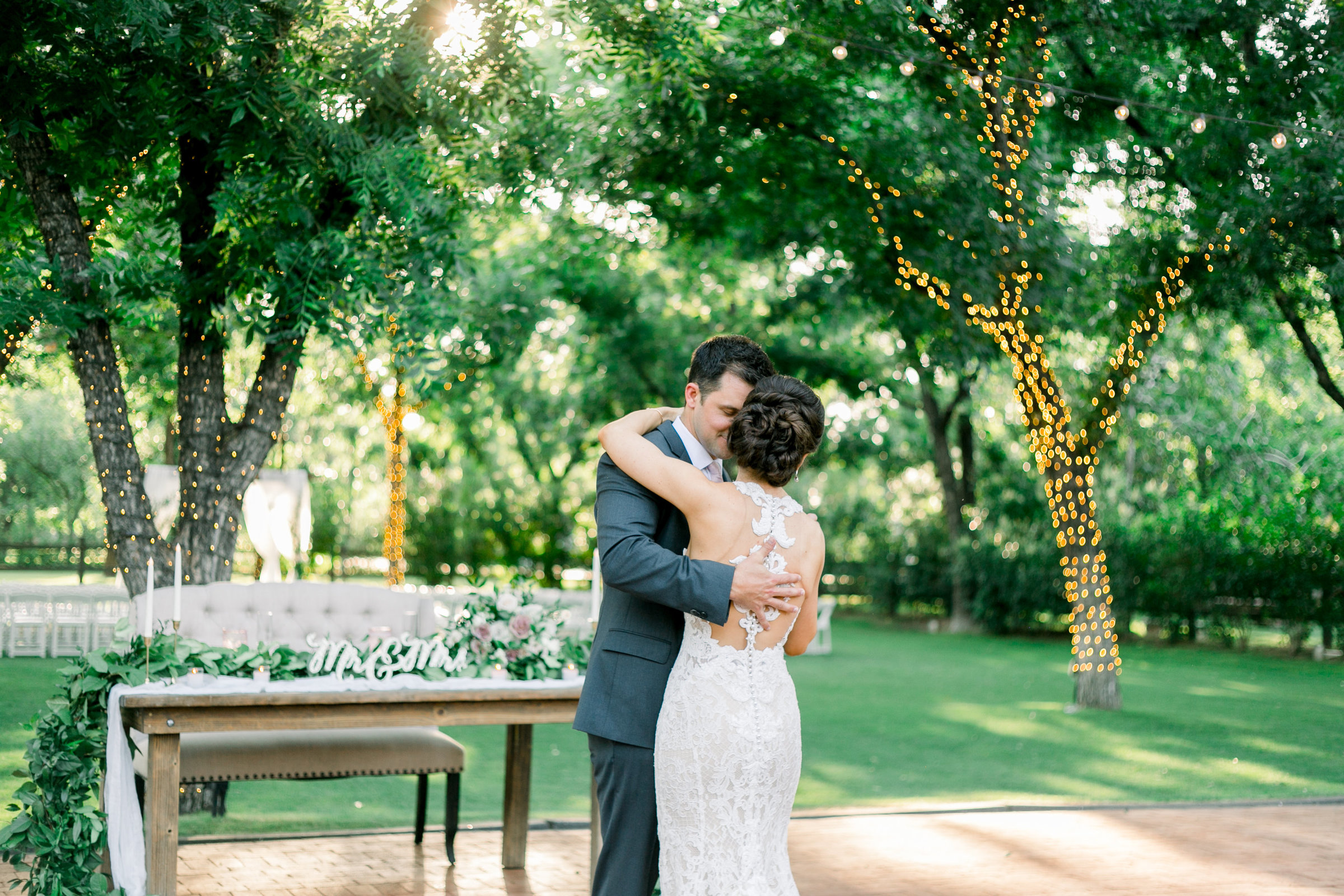 Karlie Colleen Photography - Venue At The Grove - Arizona Wedding - Maggie & Grant -98