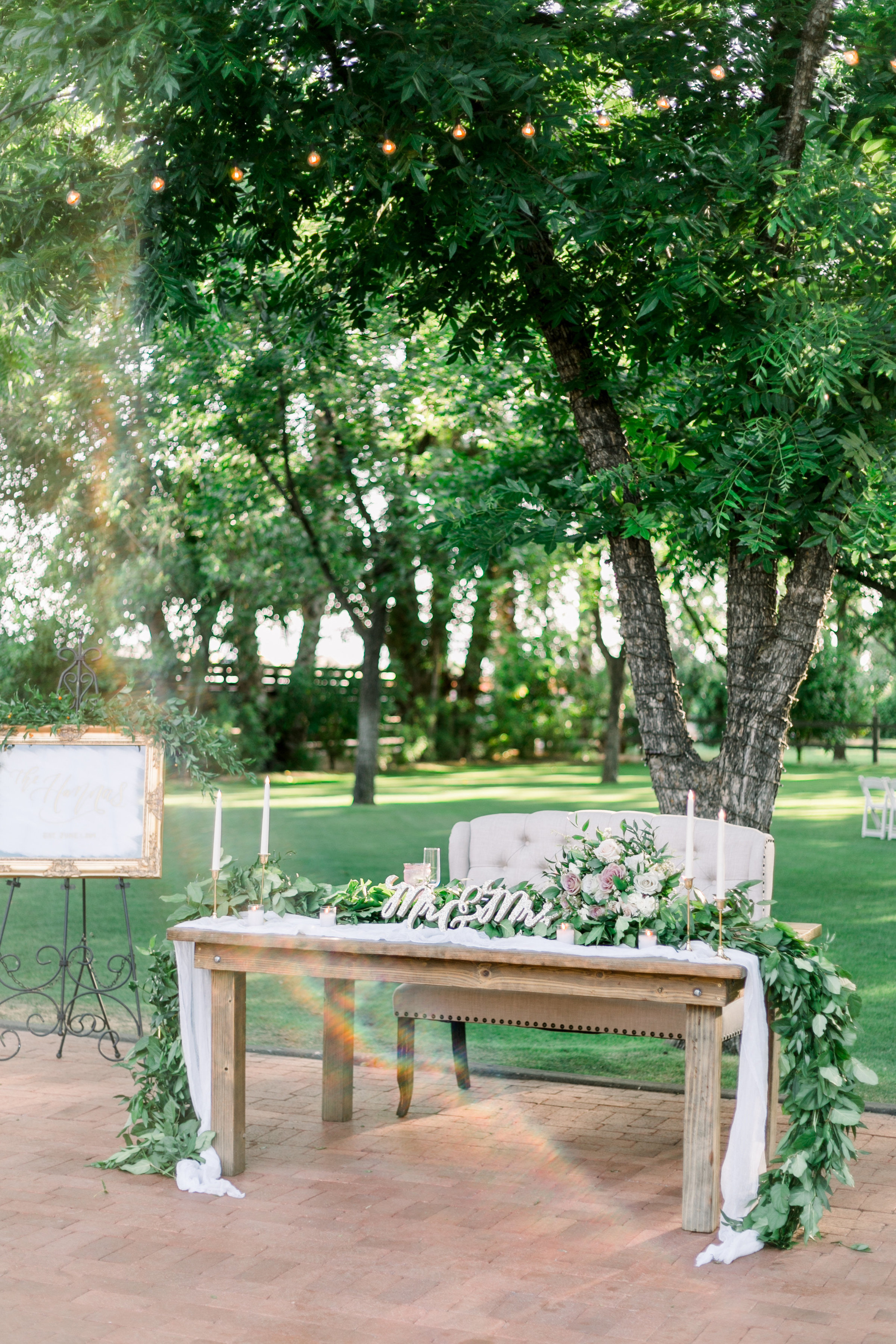 Karlie Colleen Photography - Venue At The Grove - Arizona Wedding - Maggie & Grant -78