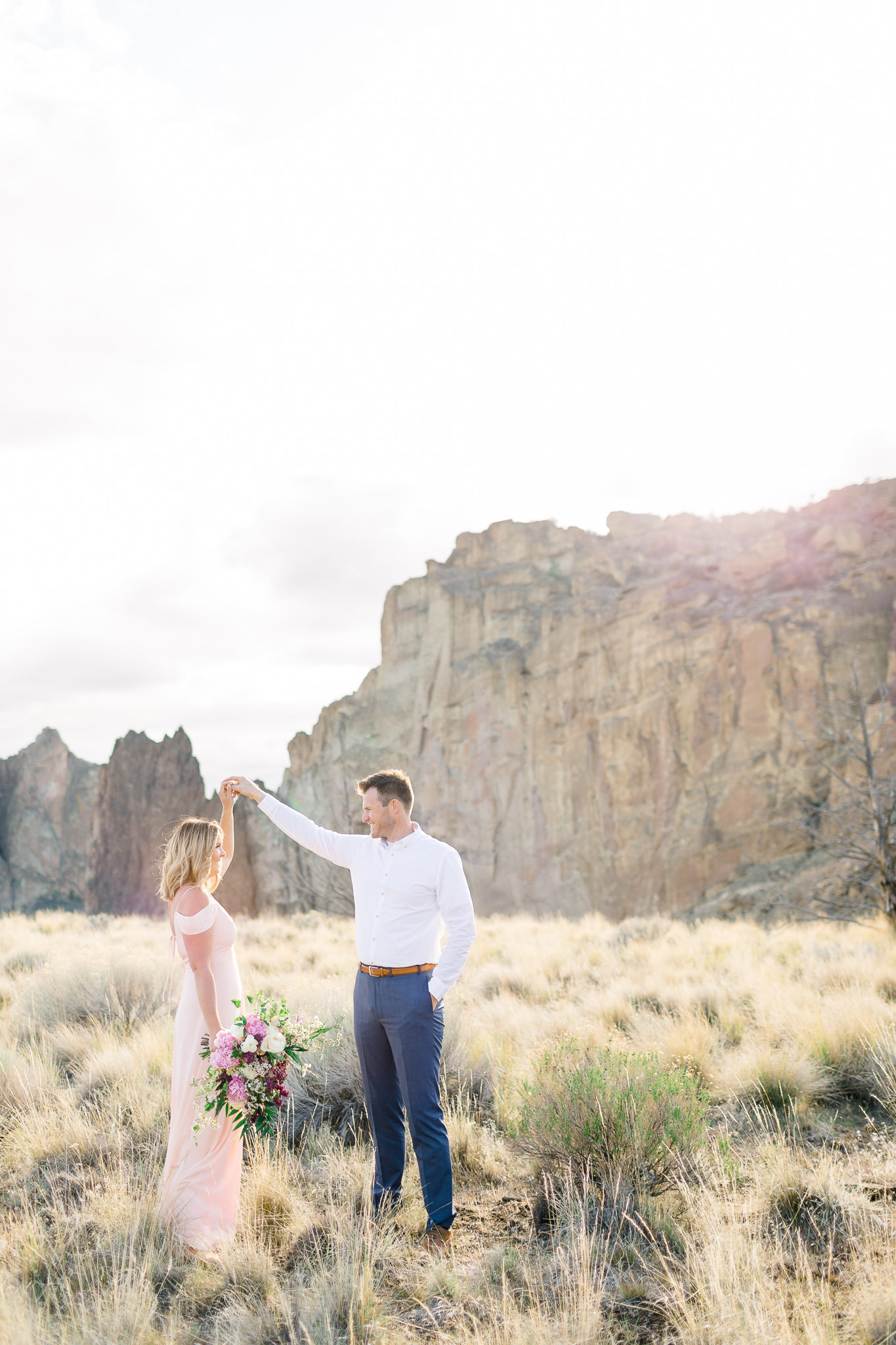 photographe-seance-anniversaire-de-mariage-smith-rock-state-park-oregon-lisa-renault-photographie-wedding-anniversary-session-photographer-33