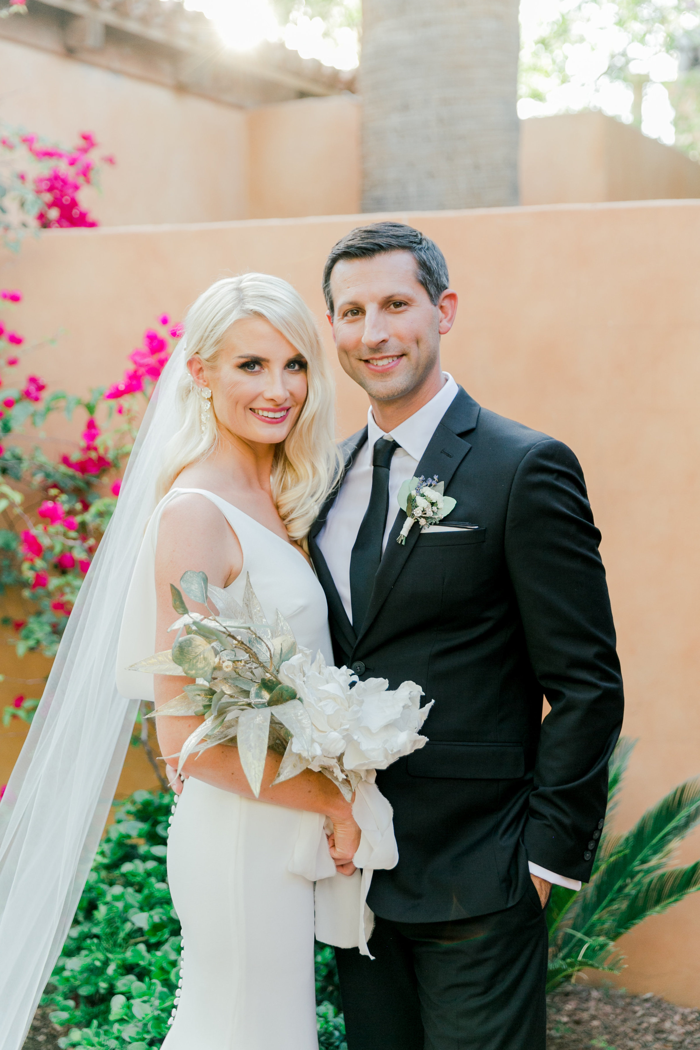 Karlie Colleen Photography - Arizona Wedding - Royal Palms Resort- Alex & Alex-116