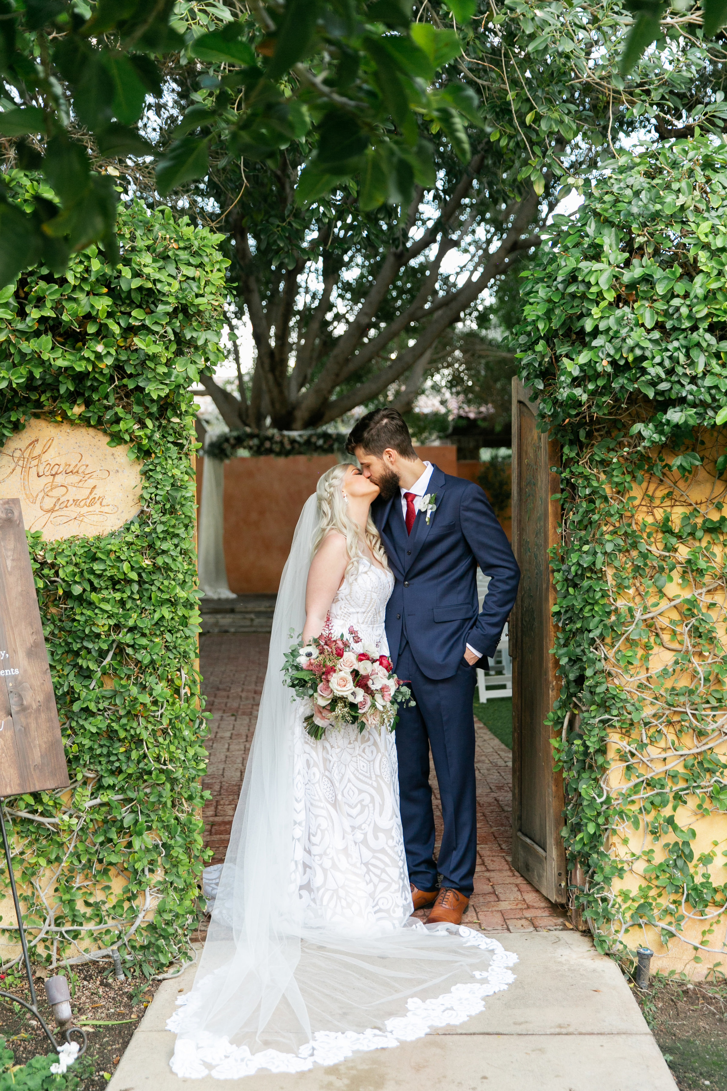 Karlie Colleen Photography - The Royal Palms Wedding - Some Like It Classic - Alex & Sam-469