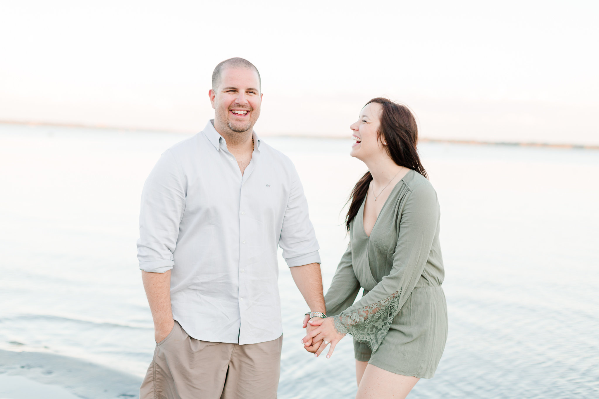 photographe-fiancailles-montreal-parc-national-oka-lisa-renault-photographie-beach-engagement-session-65