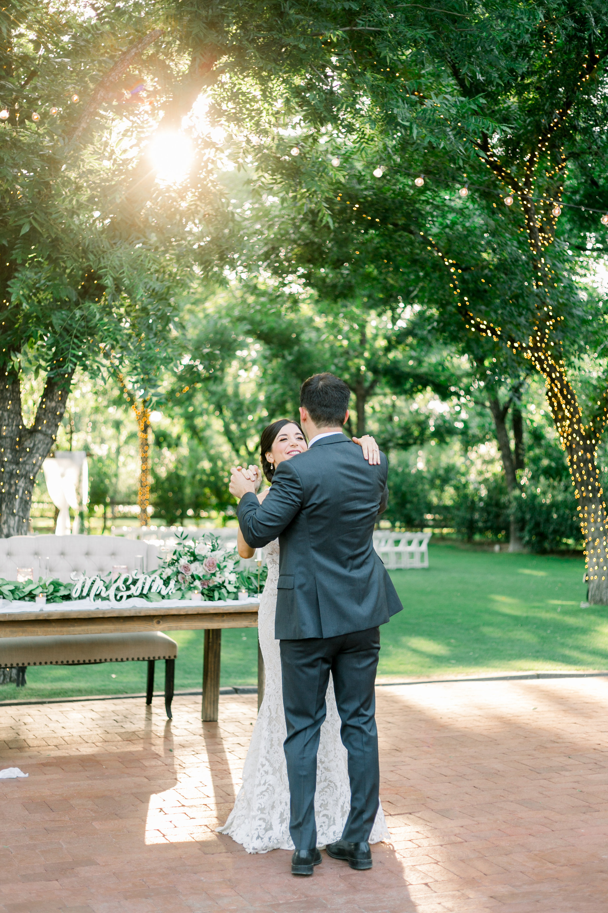 Karlie Colleen Photography - Venue At The Grove - Arizona Wedding - Maggie & Grant -94